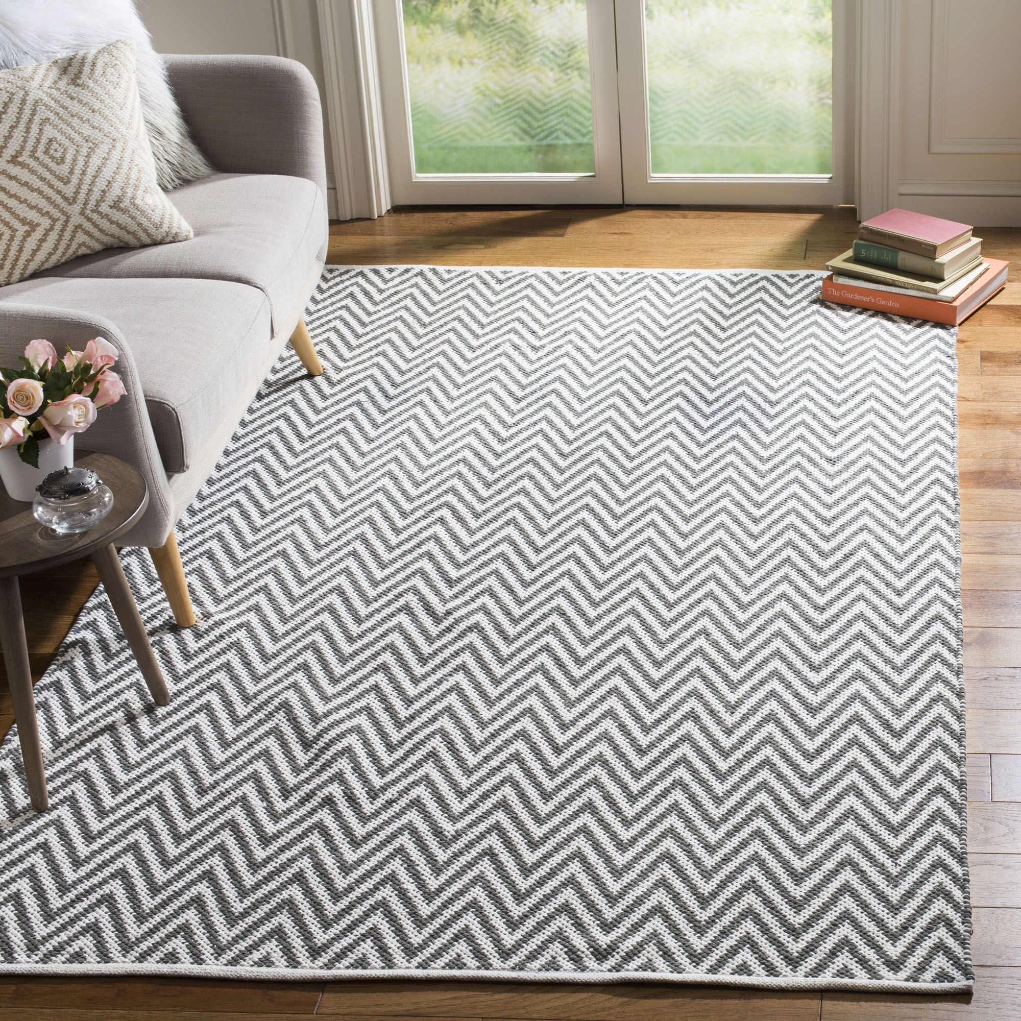 Whitton Hand-Woven Grey/Ivory Area Rug Rug Size: Rectangle 4' x 6'