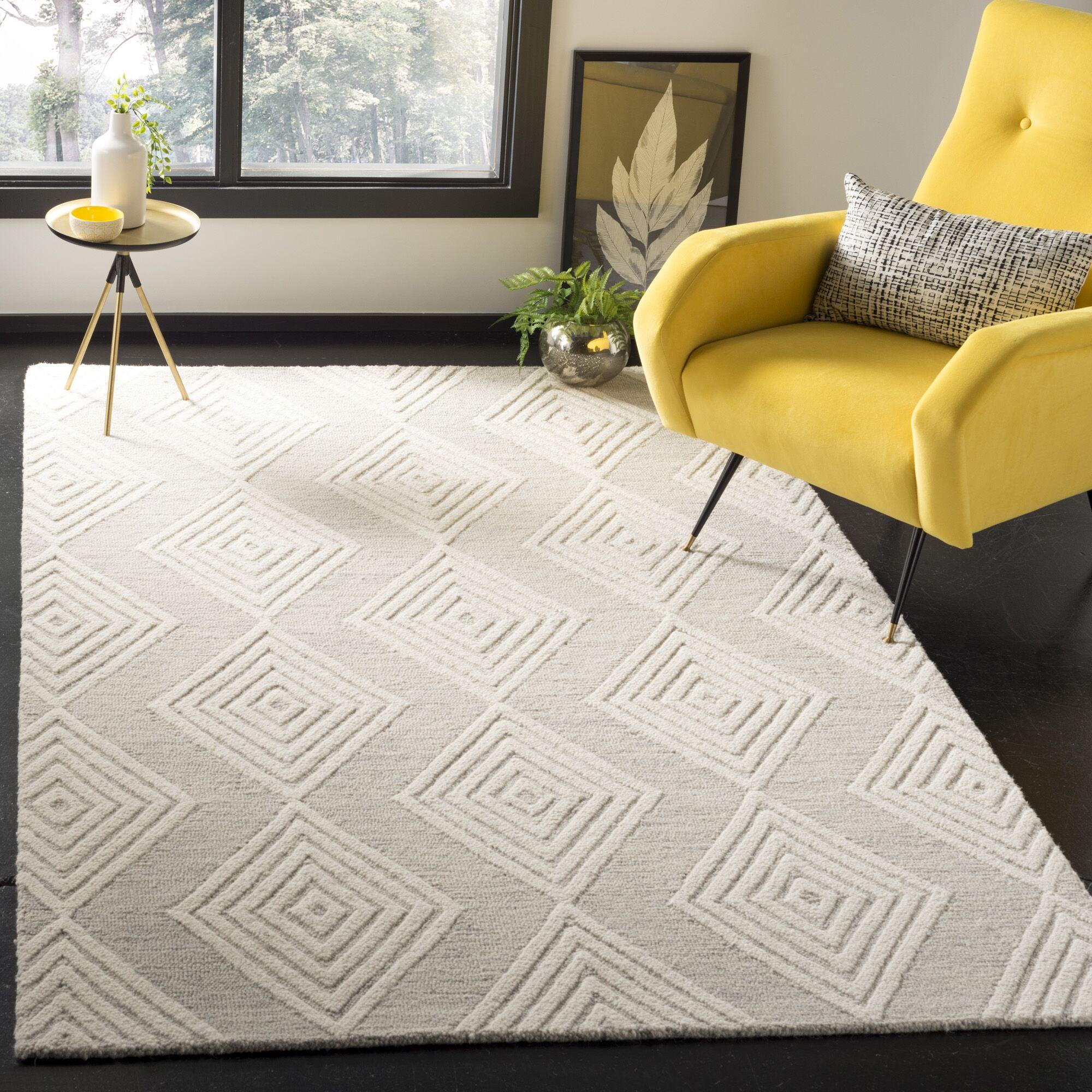 Pizano Hand-Woven Wool Cream/Silver Area Rug Rug Size: Rectangular 5' x 8'