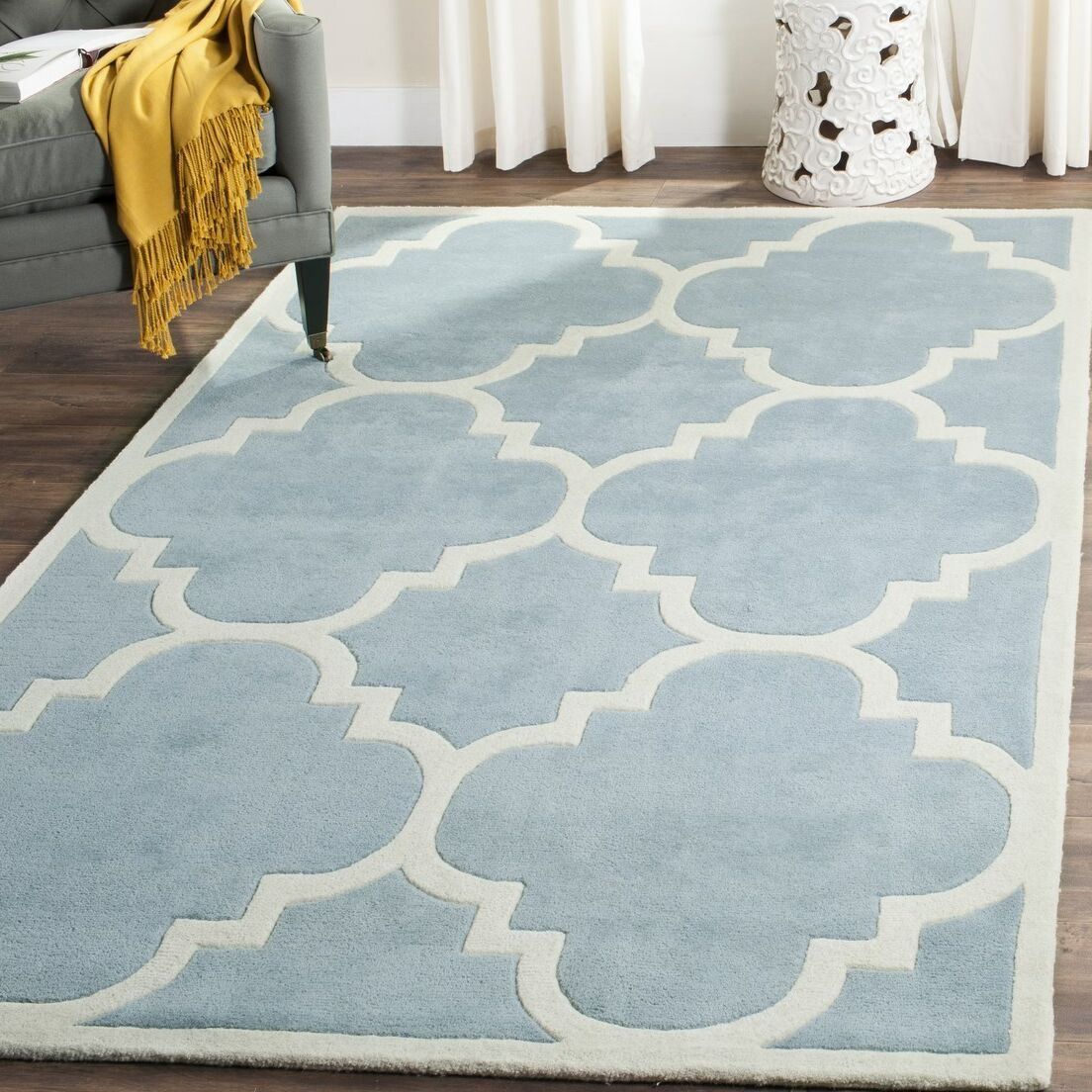 Wilkin Hand-Tufted Blue/Ivory Area Rug Rug Size: Rectangle 6' x 9'