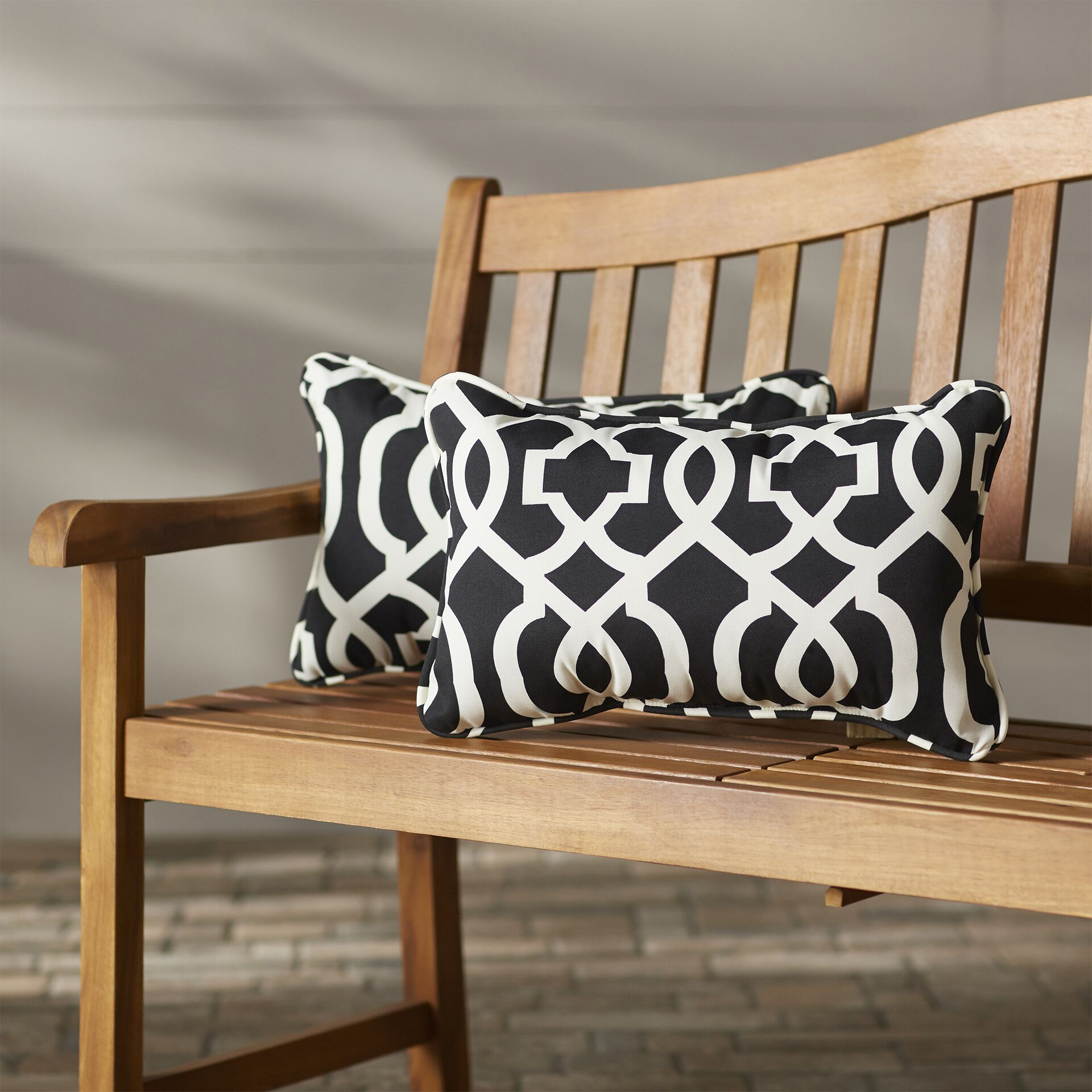 Stark Outdoor Lumbar Pillow Fabric: Black / White, Size: 16.5