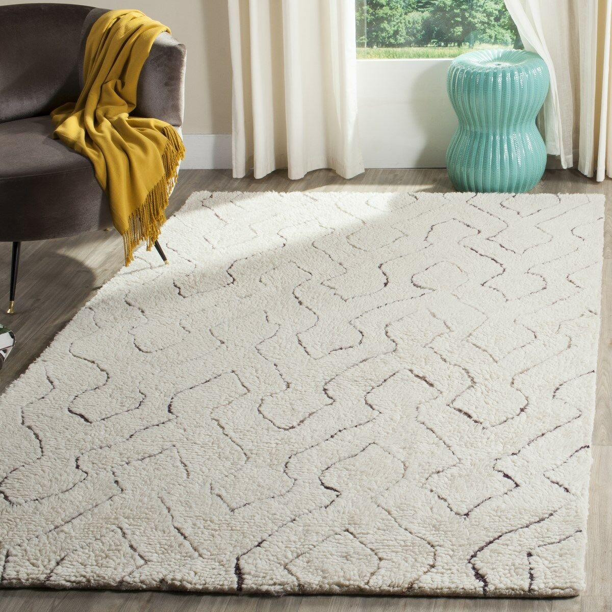 Elderton Ivory Area Rug Rug Size: Rectangle 5' x 8'