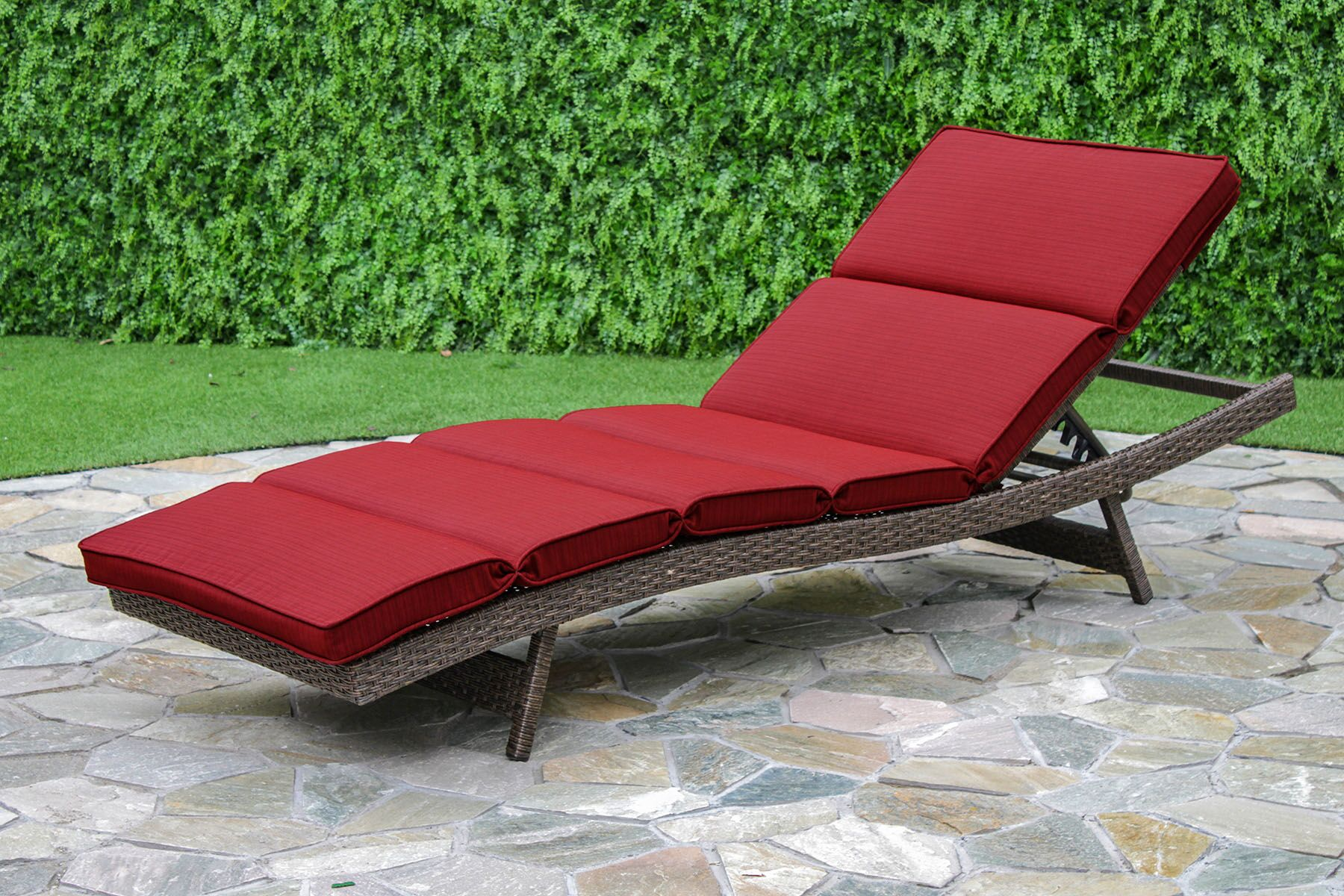 Fortenberry Chaise Lounge with Cushion Fabric: Ribbed Brick