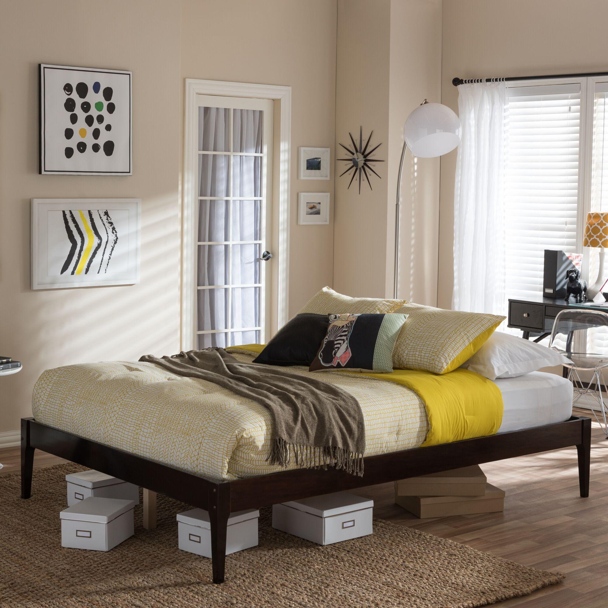 Smoak Platform Bed Size: Queen, Color: Walnut