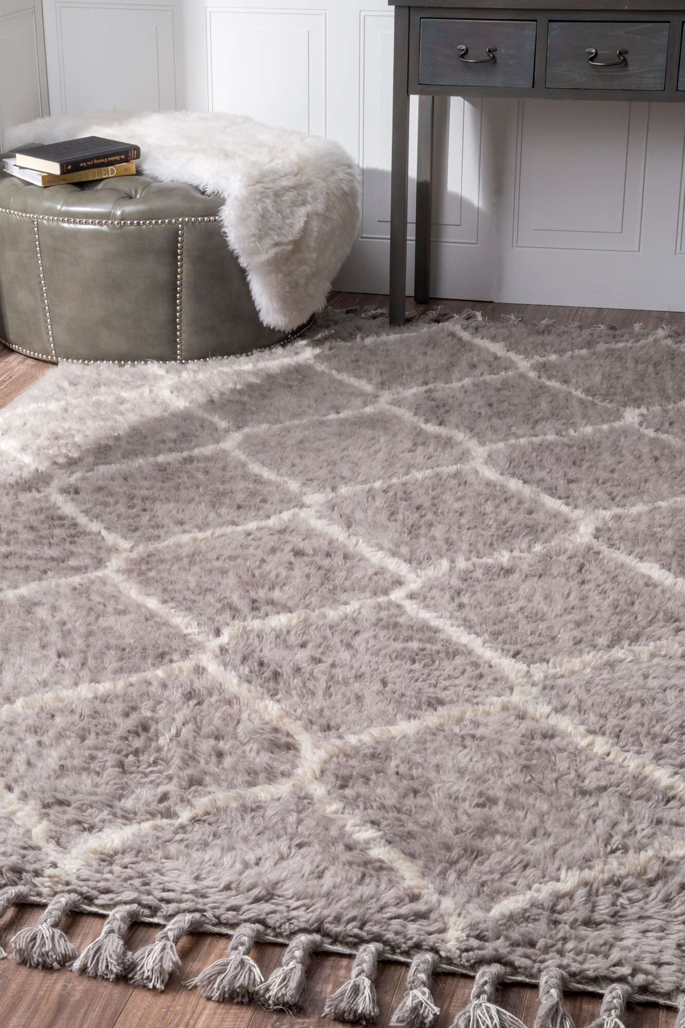 Choi Hand-Tufted Gray Area Rug Rug Size: Rectangle 7'6