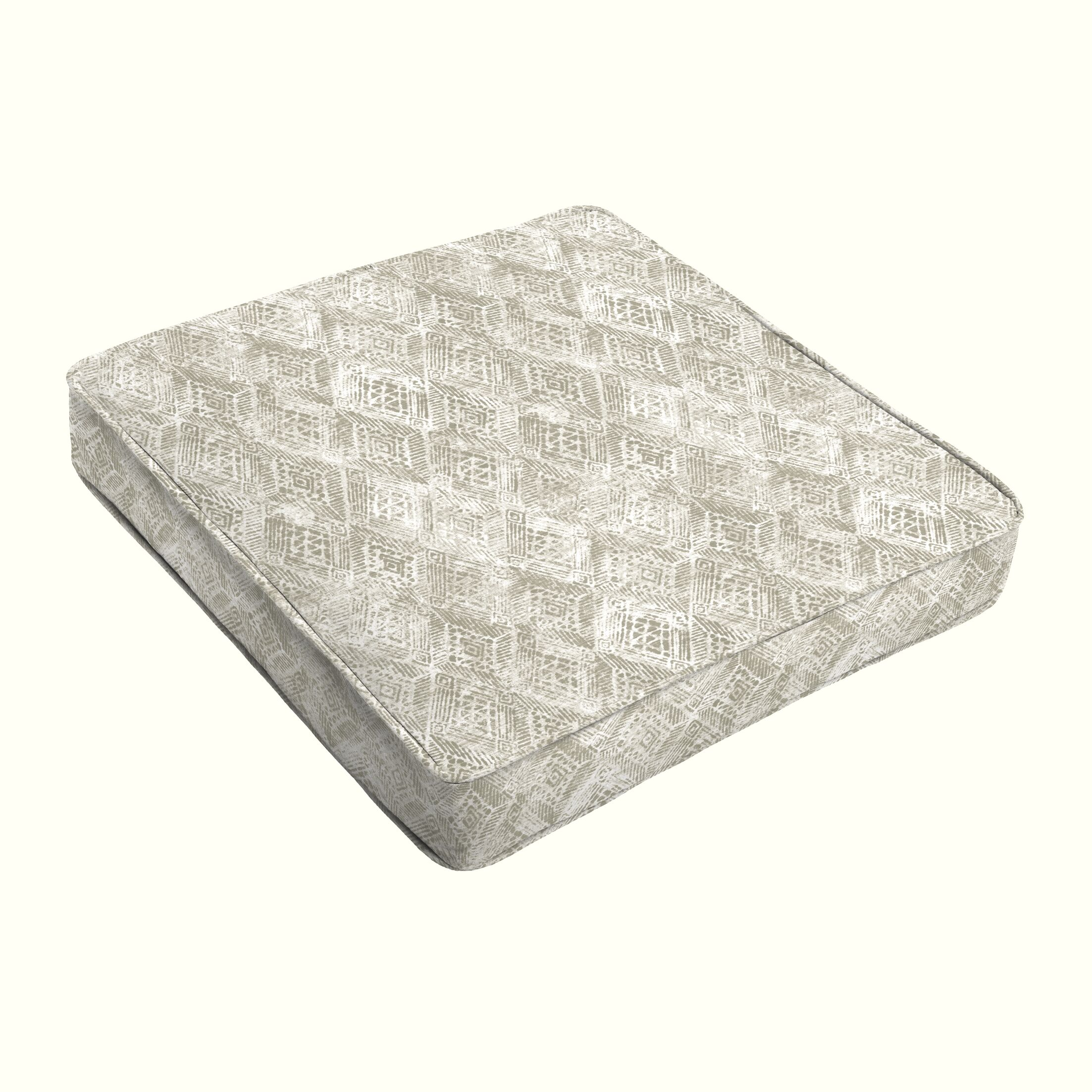 Geometric Piped Indoor/Outdoor Dining Chair Cushion Size: 3