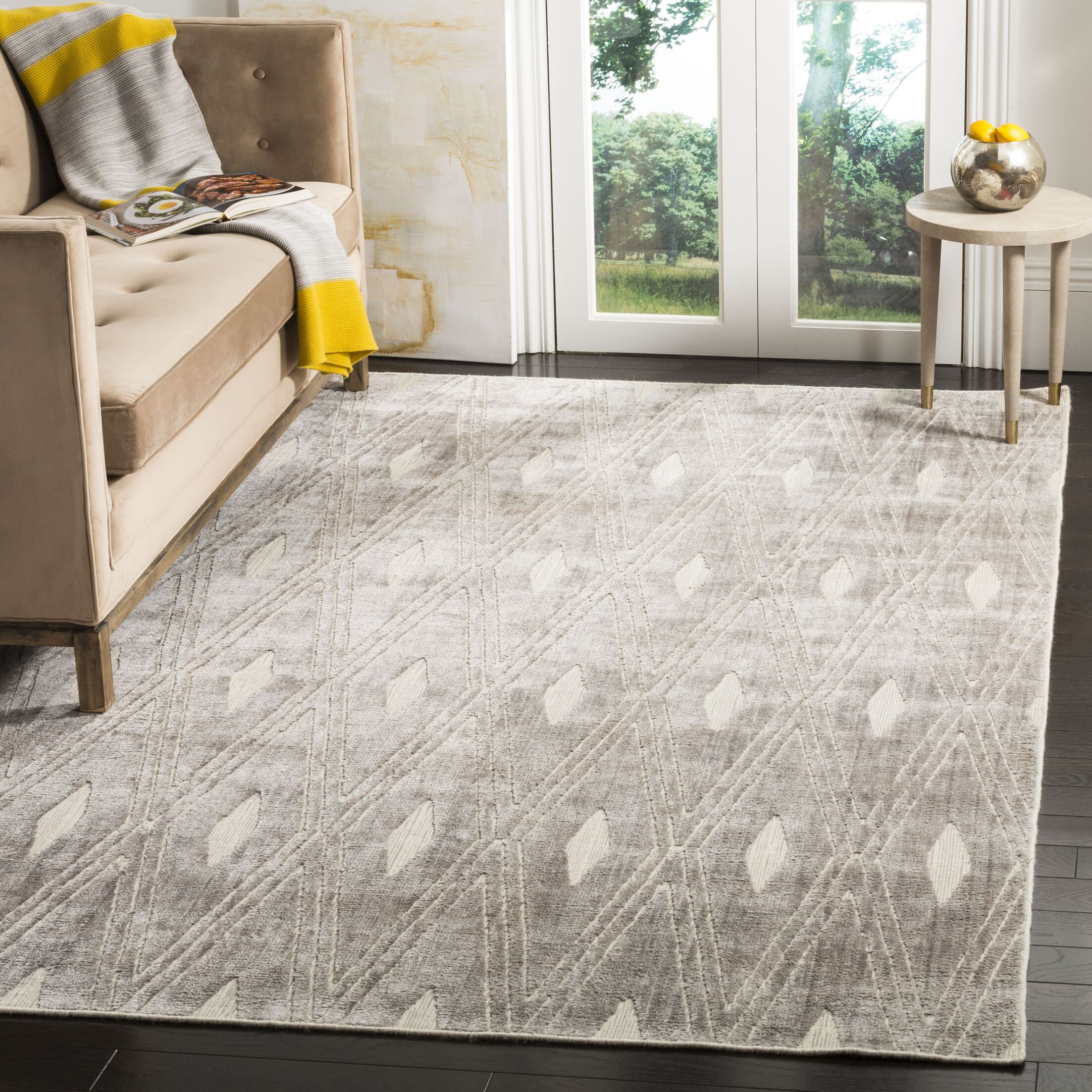 Maxim Hand-Knotted Silver Area Rug Rug Size: Rectangle 6' x 9'