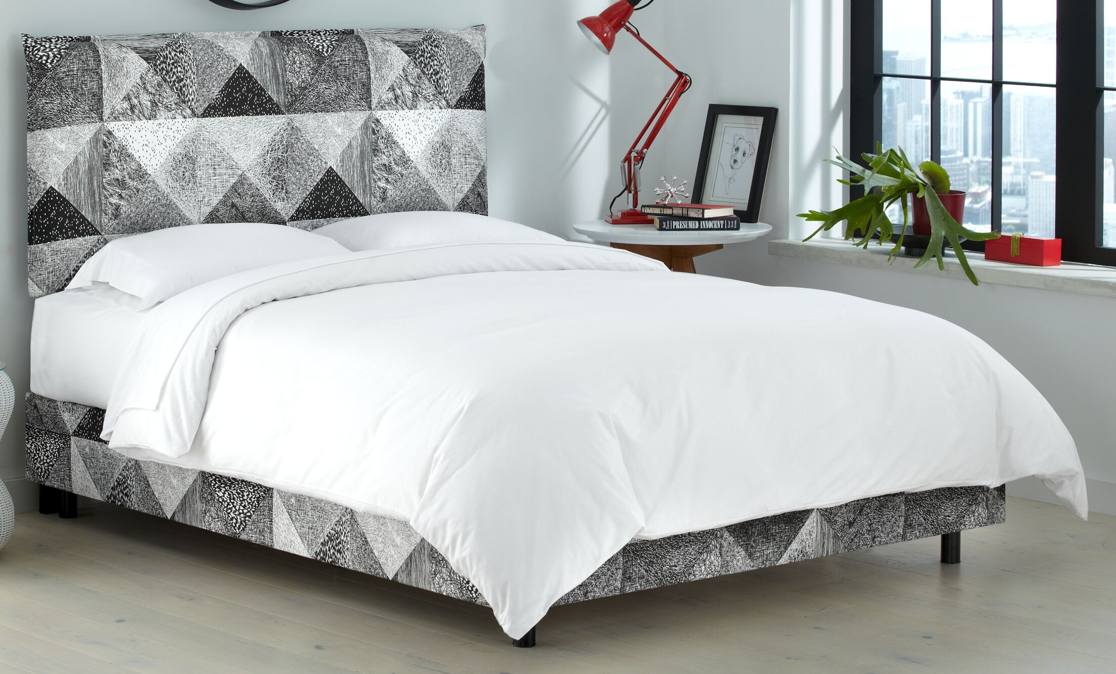 Edler Upholstered Panel Bed Size: Queen