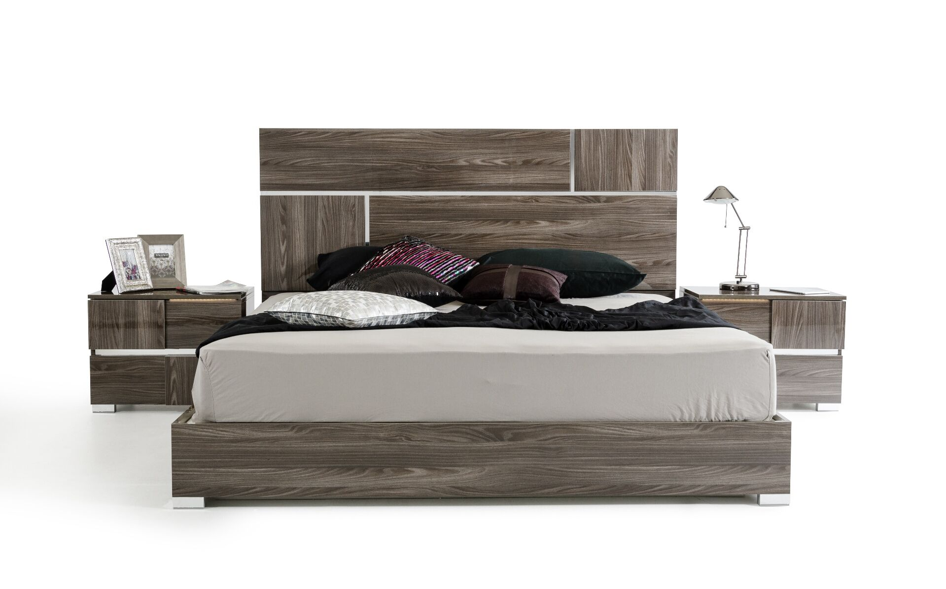 Falbo King Platform Bedroom Set