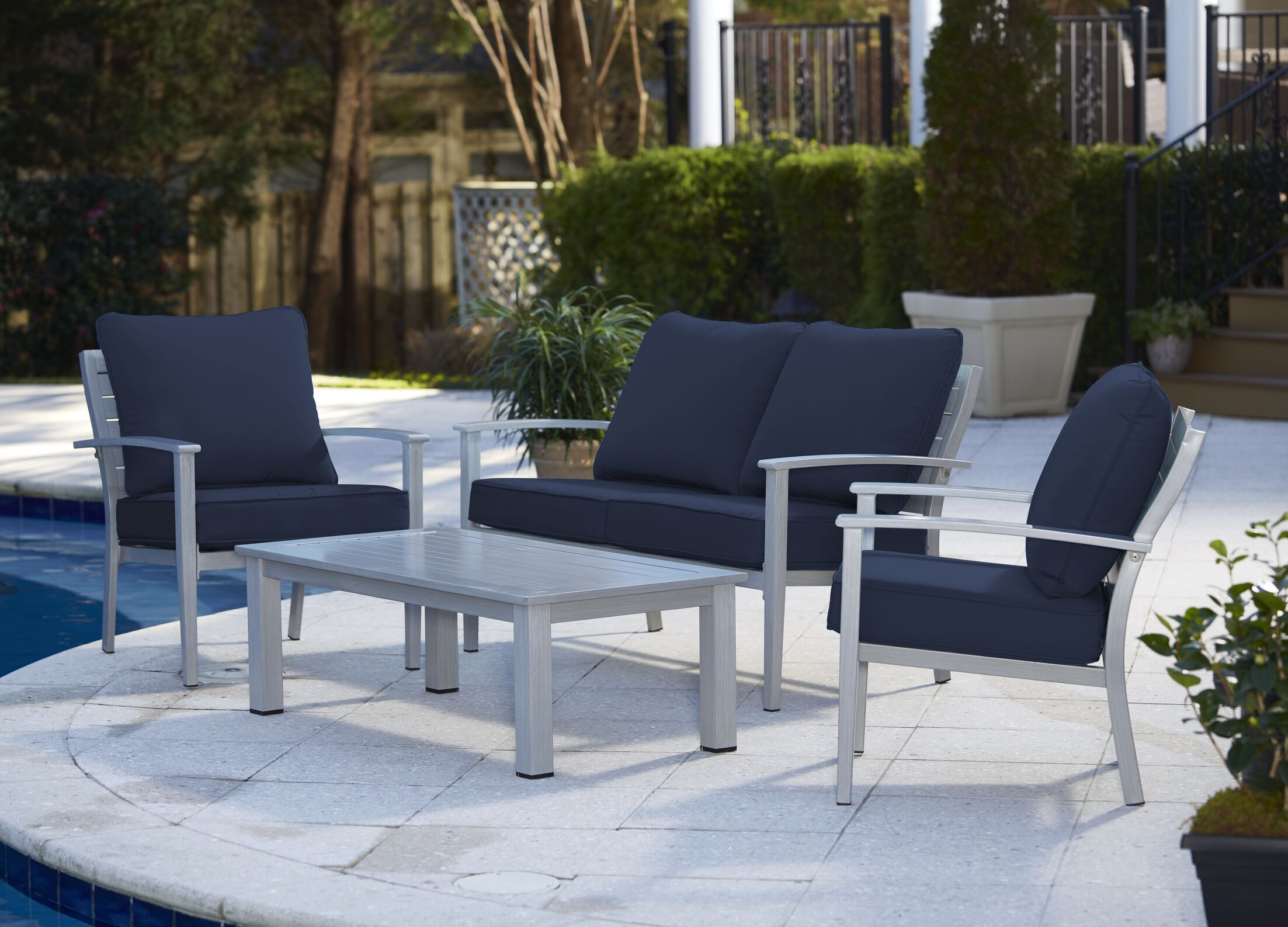Yohan 4 Piece Sofa Set with Cushions Color: Gray/Navy