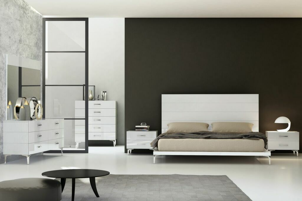 Parsons Panel Bed