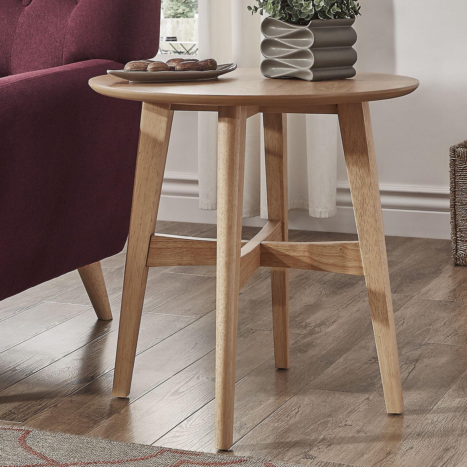 Payton End Table Color: Light Oak