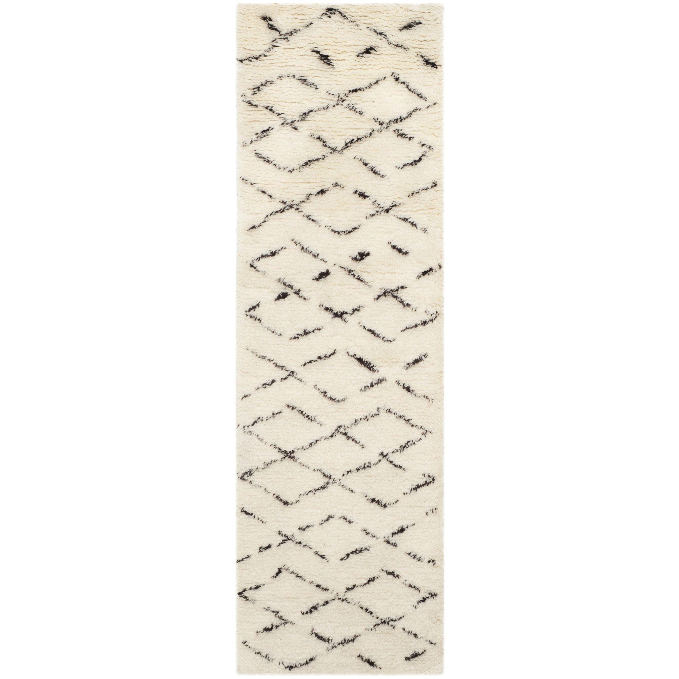Bermondsey Ivory Shag Area Rug Rug Size: Runner 2'3