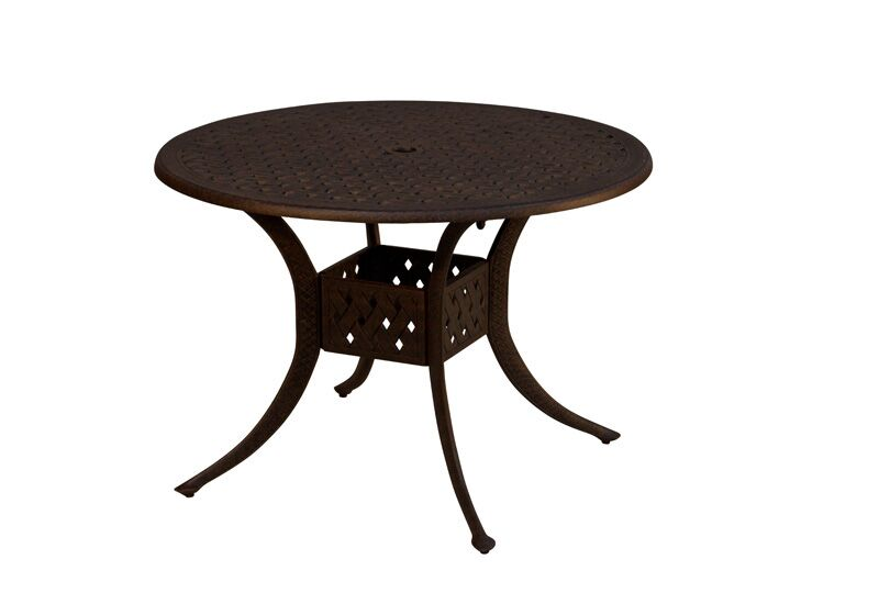 La Jolla Dining Table Table Size: 42