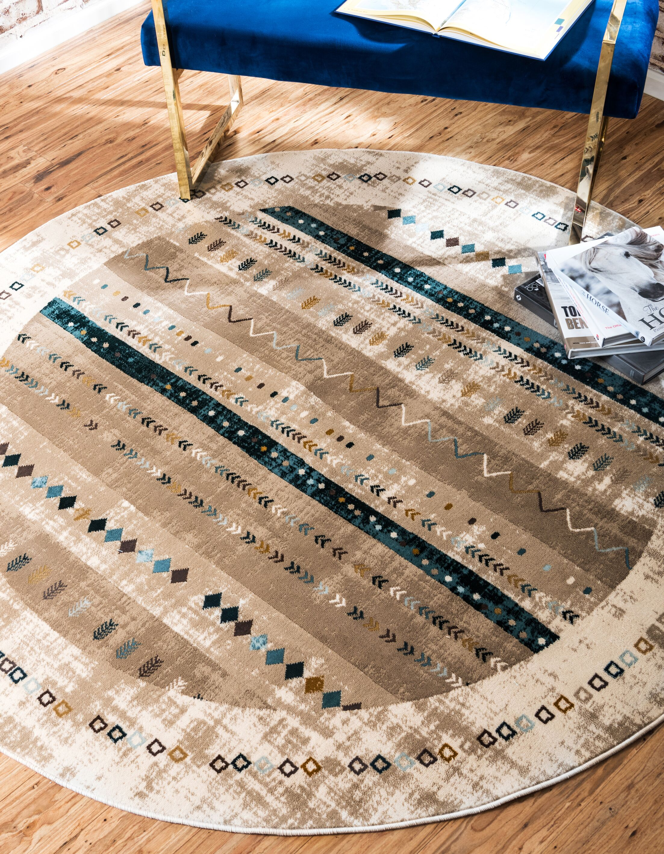 Francis Beige Area Rug Rug Size: Round 6'