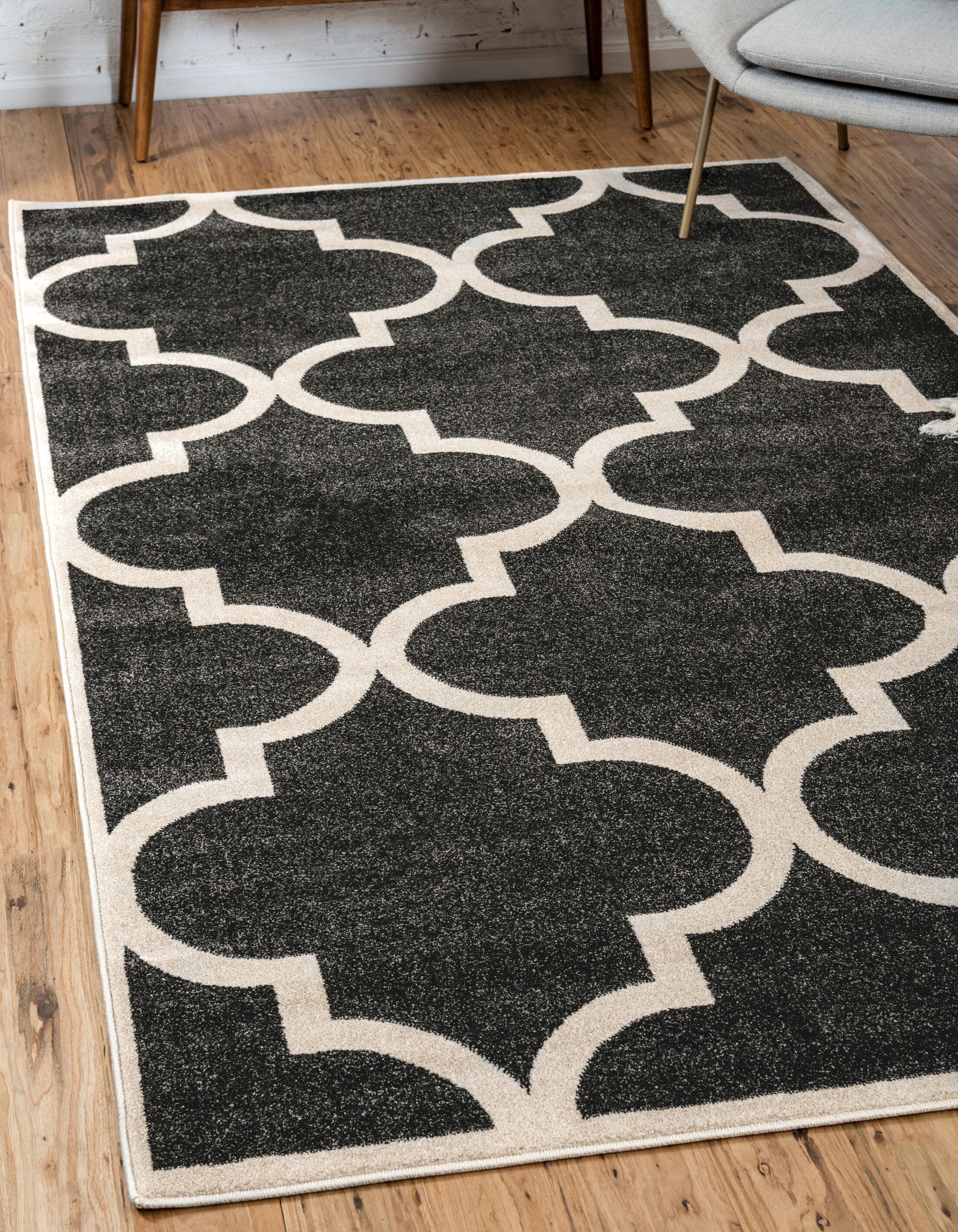 Moore Black Area Rug Rug Size: Rectangle 5' x 8'