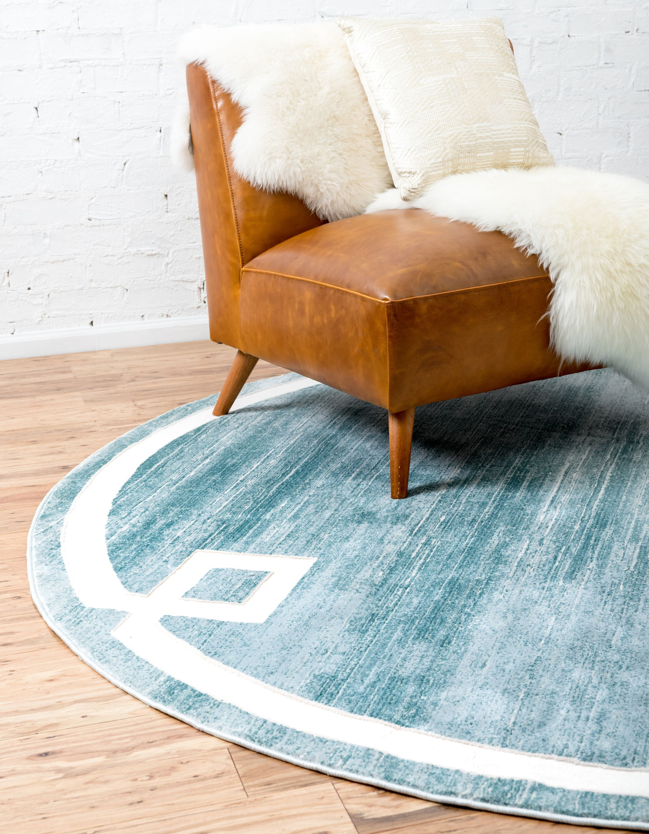 Uptown Hill Turquoise Area Rug Rug Size: Round 8'