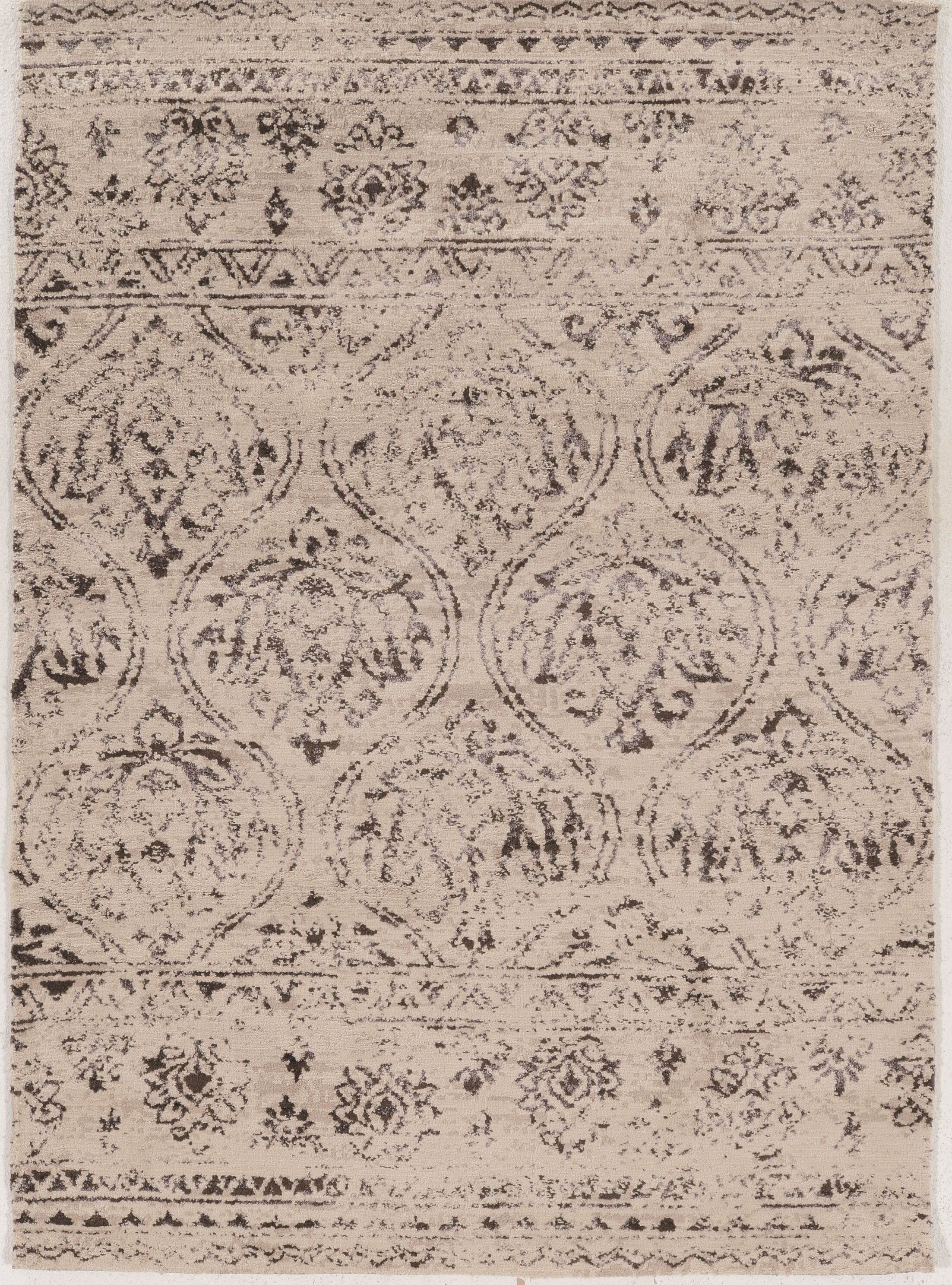 Feliciana Traditional Silk Hand-Tufted Traditional  Ivory Area Rug Rug Size: Rectangle 5' x 7'