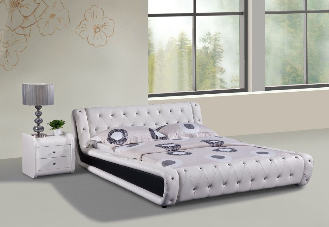 Upholstered Platform Bed Size: California King, Color: White and Black