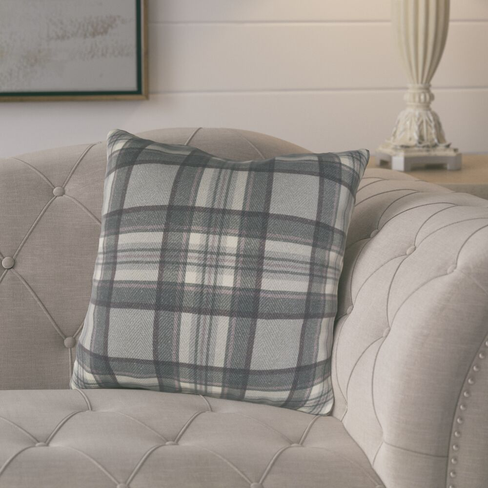 Cavalier Cotton Throw Pillow Size: 22