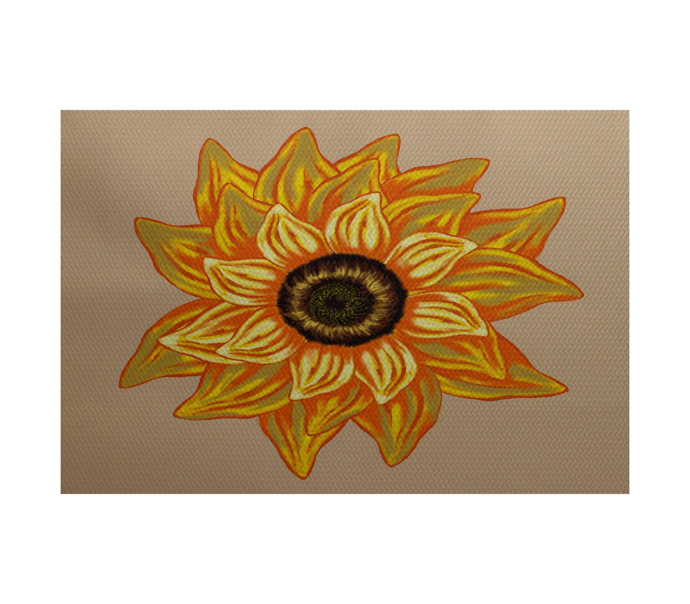 Grass Range El Girasol Feliz Flower Print Beige Indoor/Outdoor Area Rug Rug Size: Rectangle 3' x 5'