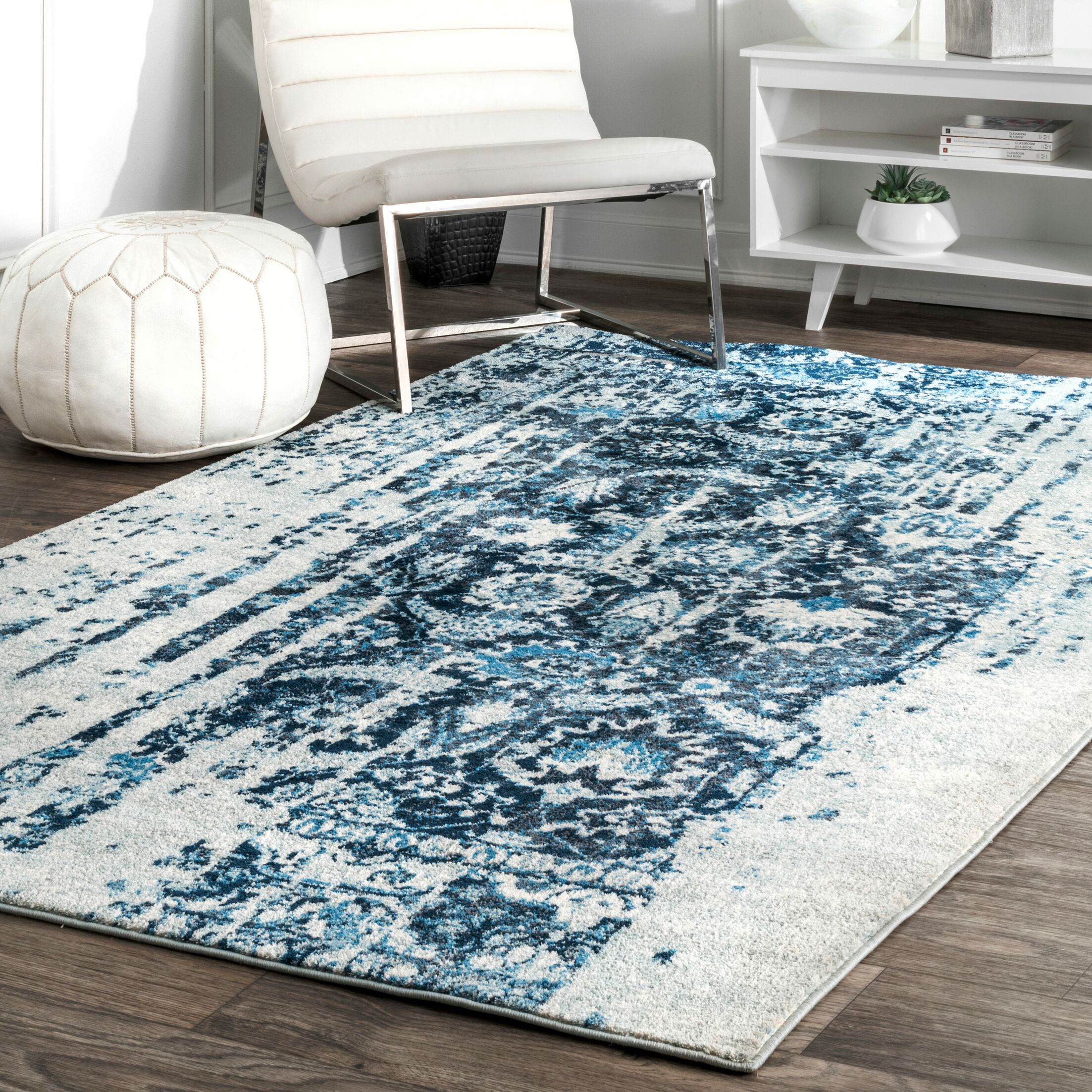 Montagne Blue/White Area Rug Rug Size: Rectangle 5' x 8'