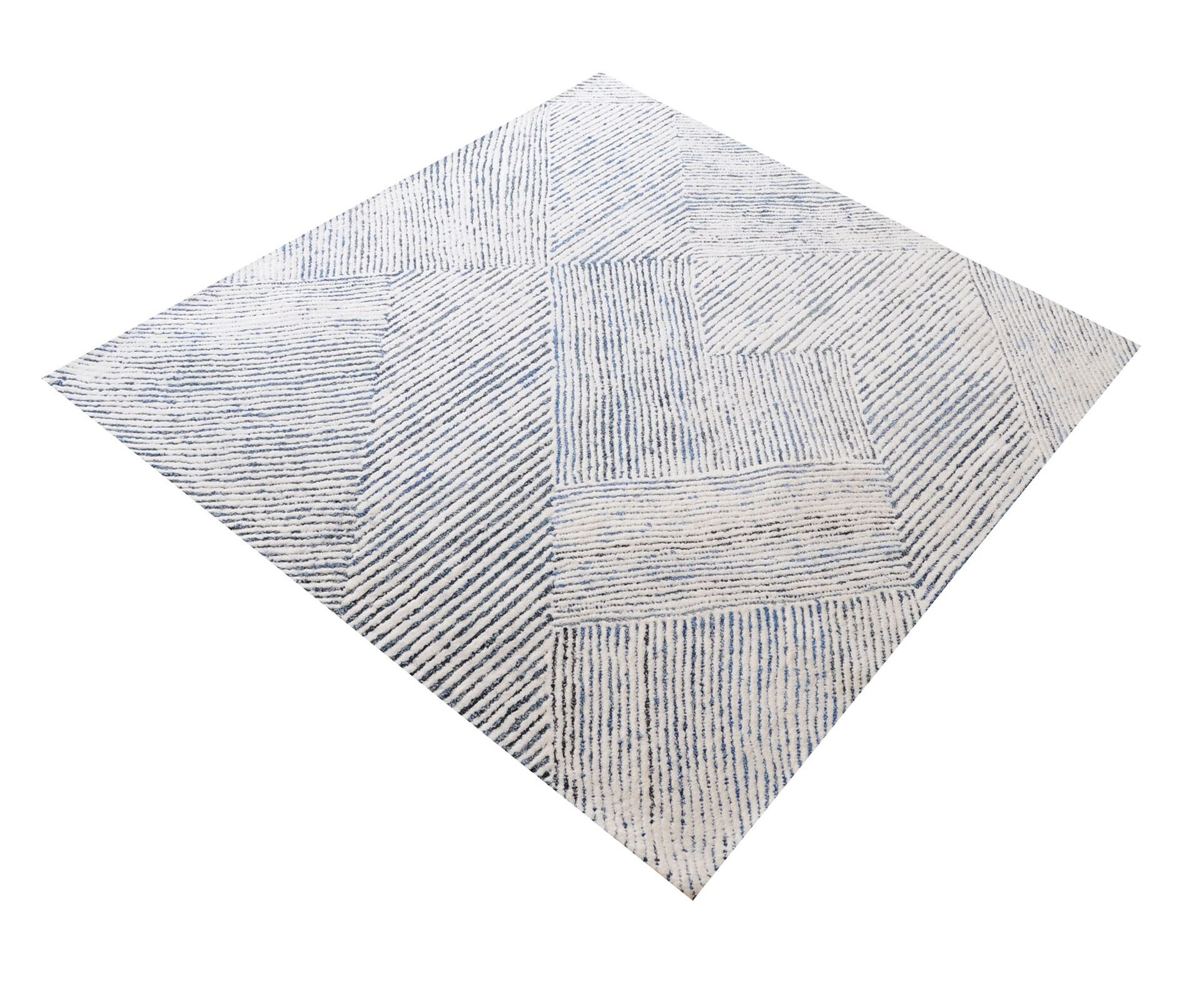 Lia Dryden Hand-Tufted Ivory/Blue Area Rug Rug Size: Rectangle 3' x 5'