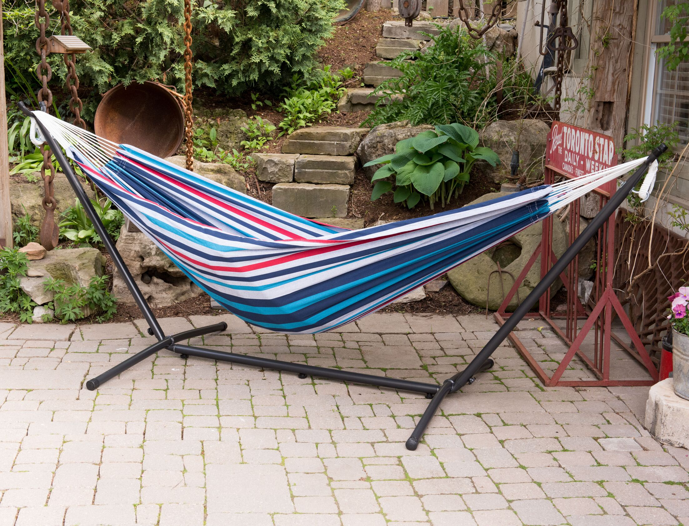Dorinda Double Hammock with Stand Color: Denim, Stand Color: Black