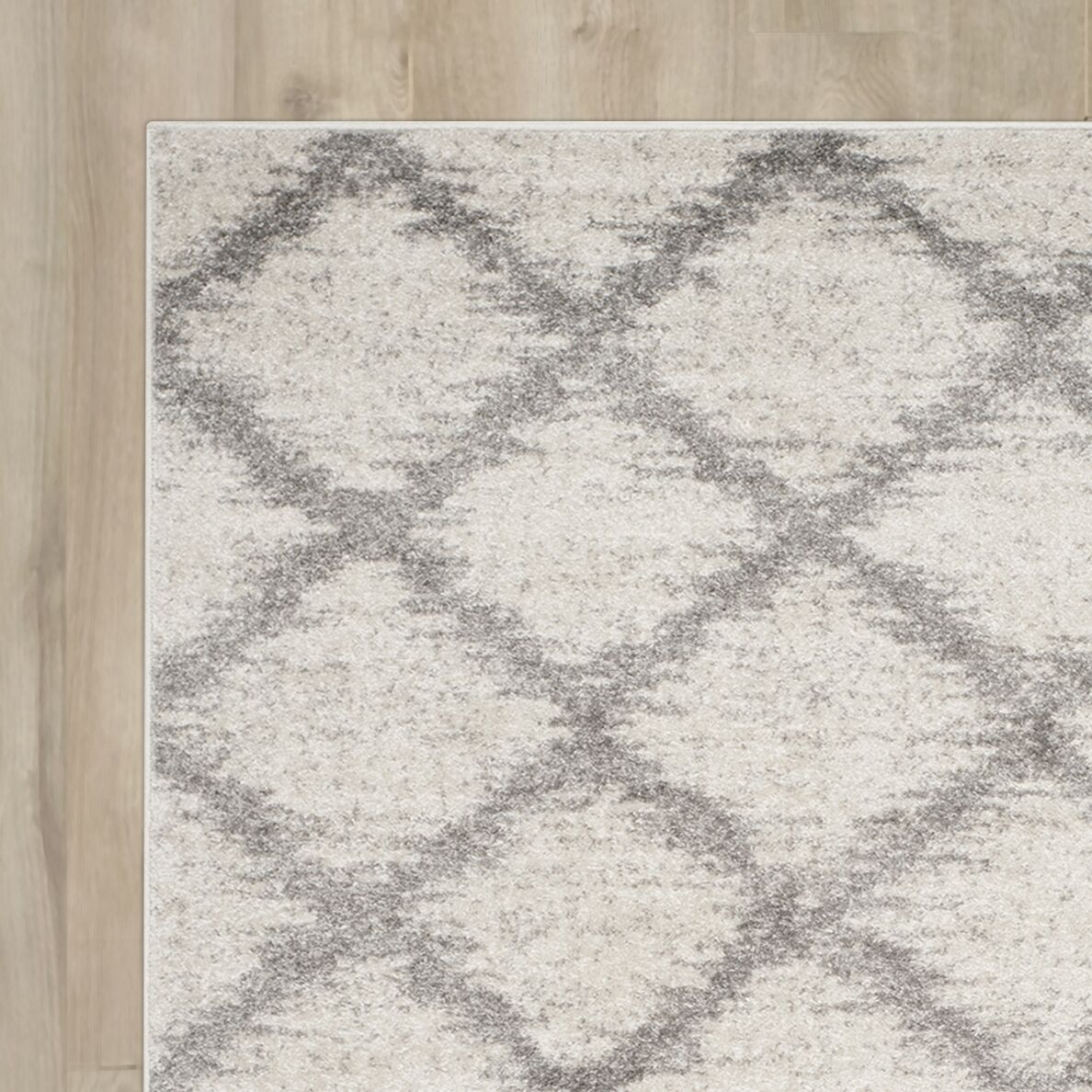 St. Ann Highlands Ivory/Silver Area Rug Rug Size: Rectangle 10' x 14'