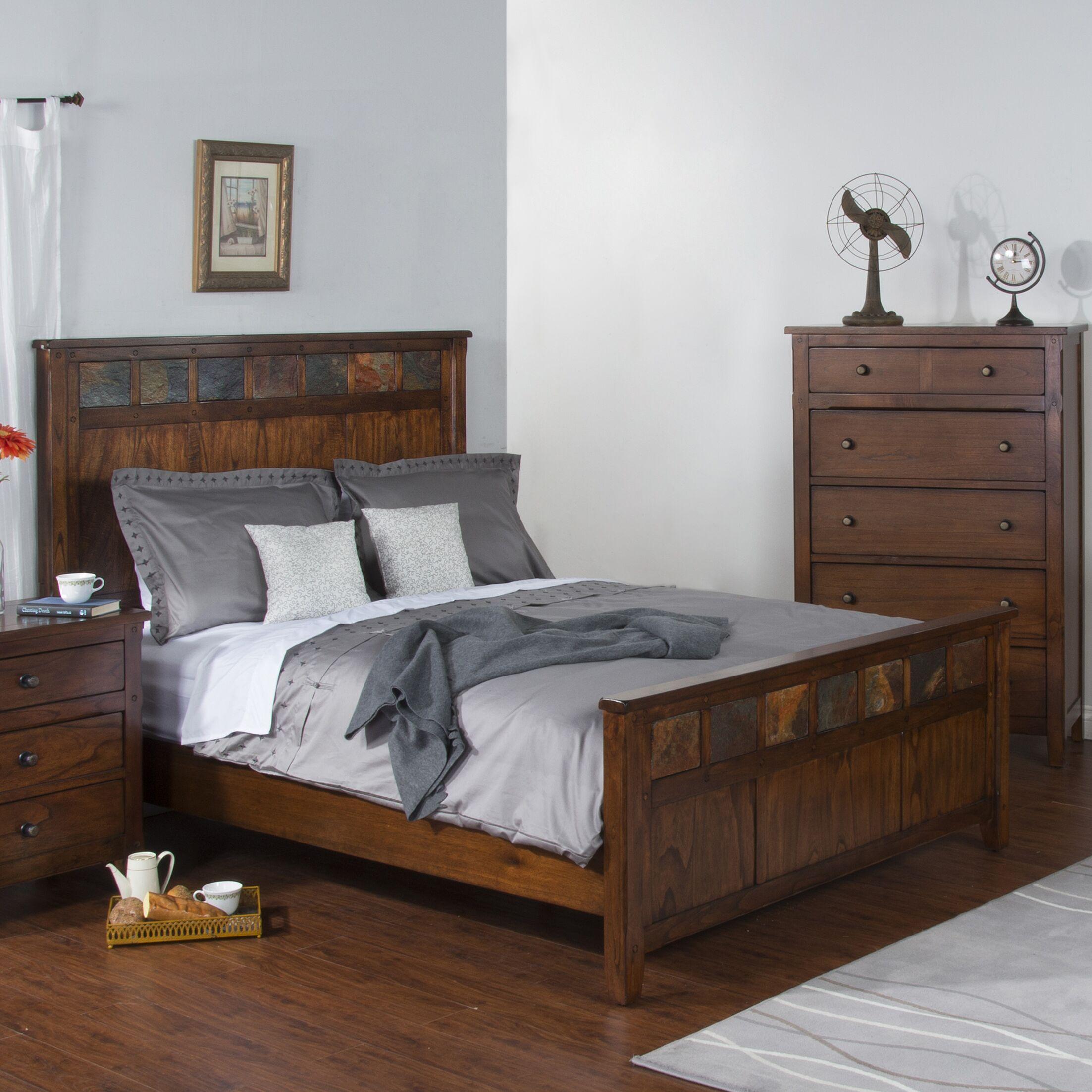 Goldfield Platform Bed Size: King