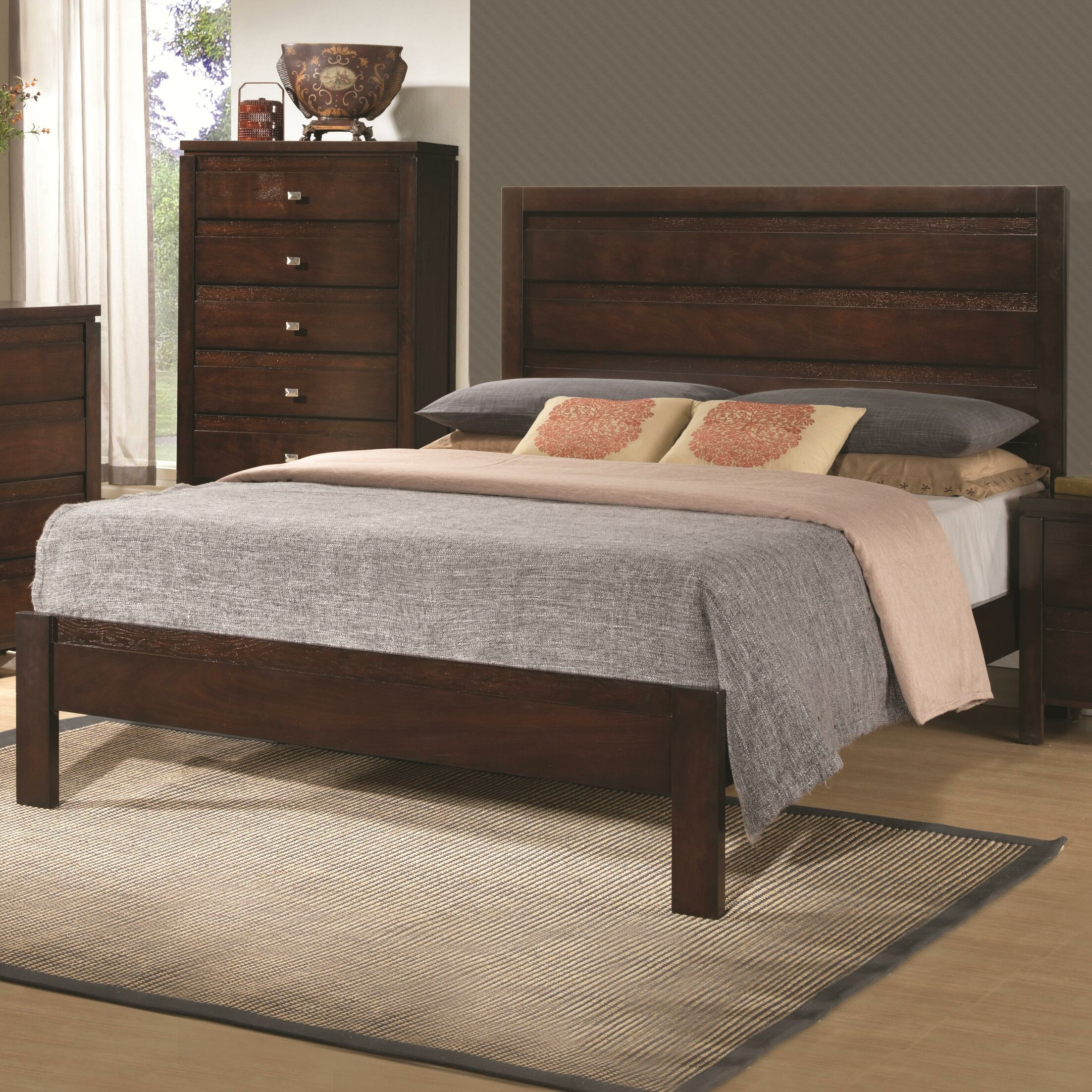 Placentia Panel Bed Size: Queen