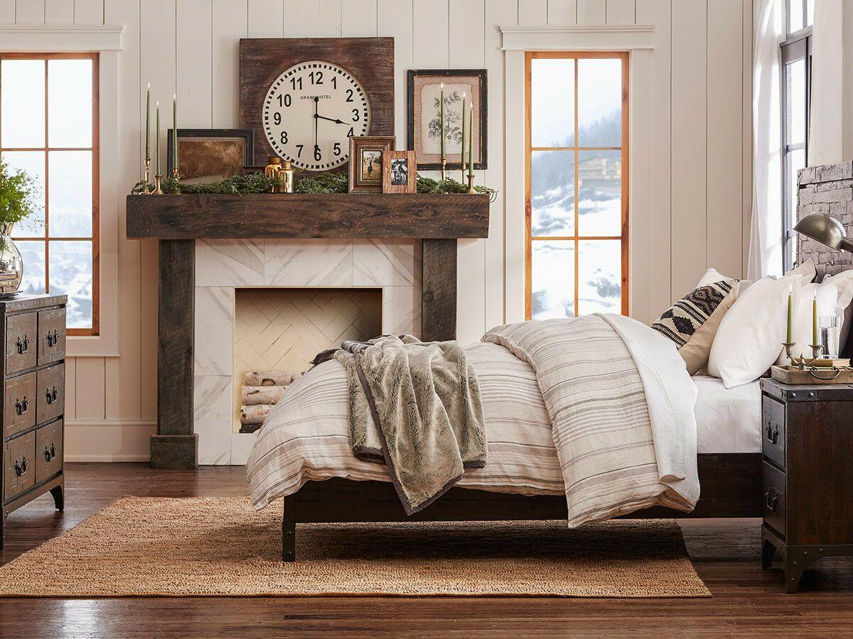 Sedgwick Panel Bed Size: California King