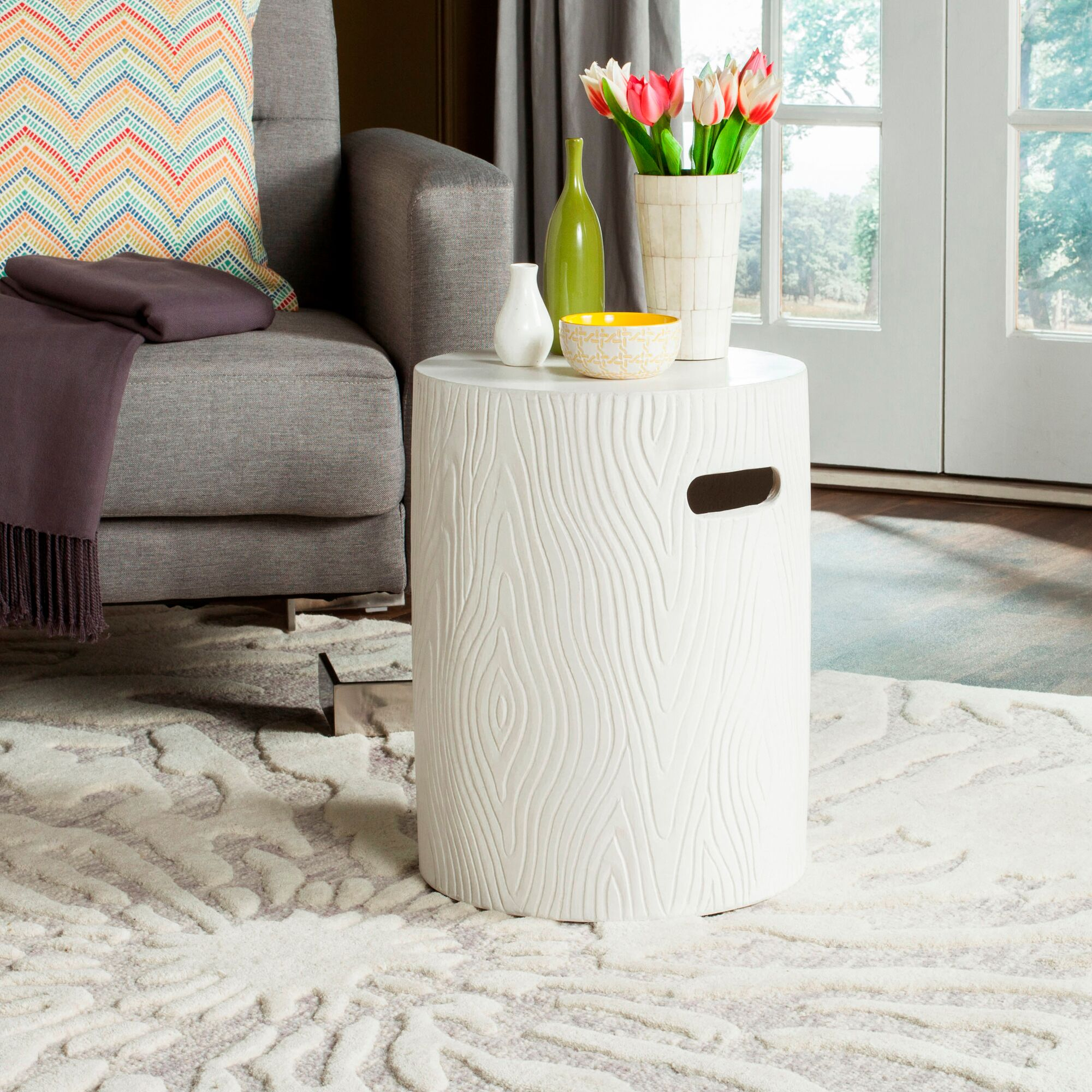 Brookhollow End Table Color: Ivory
