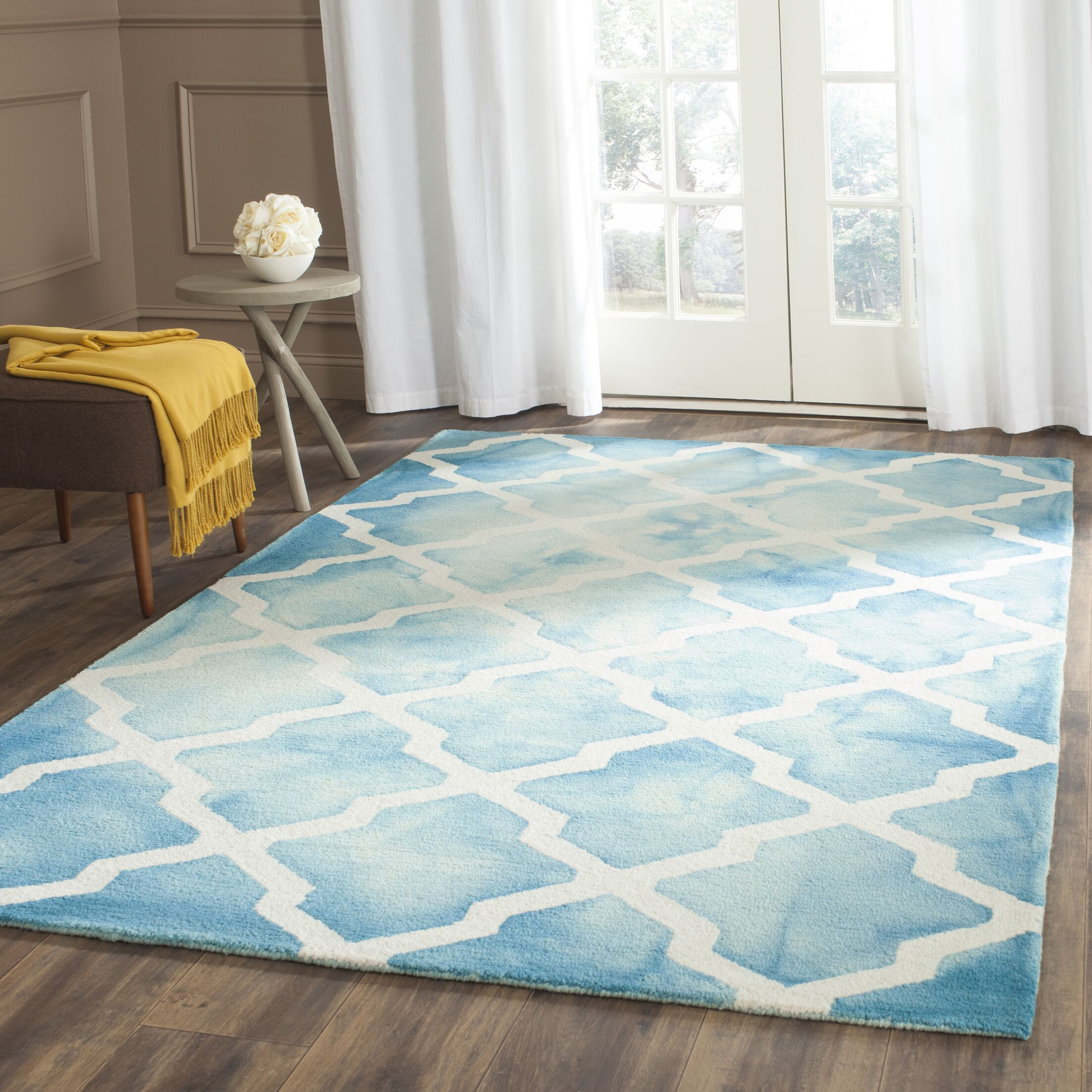 Hand-Tufted Ivory Area Rug Rug Size: Rectangle 4' x 6'