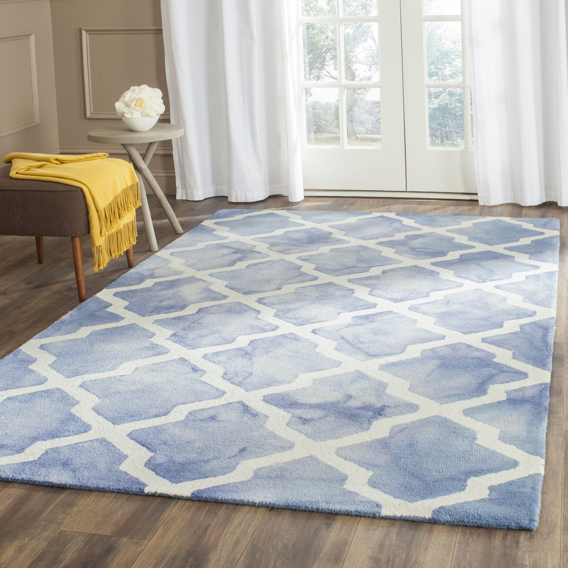 Hand-Tufted Blue/Ivory Area Rug Rug Size: Runner 2'3