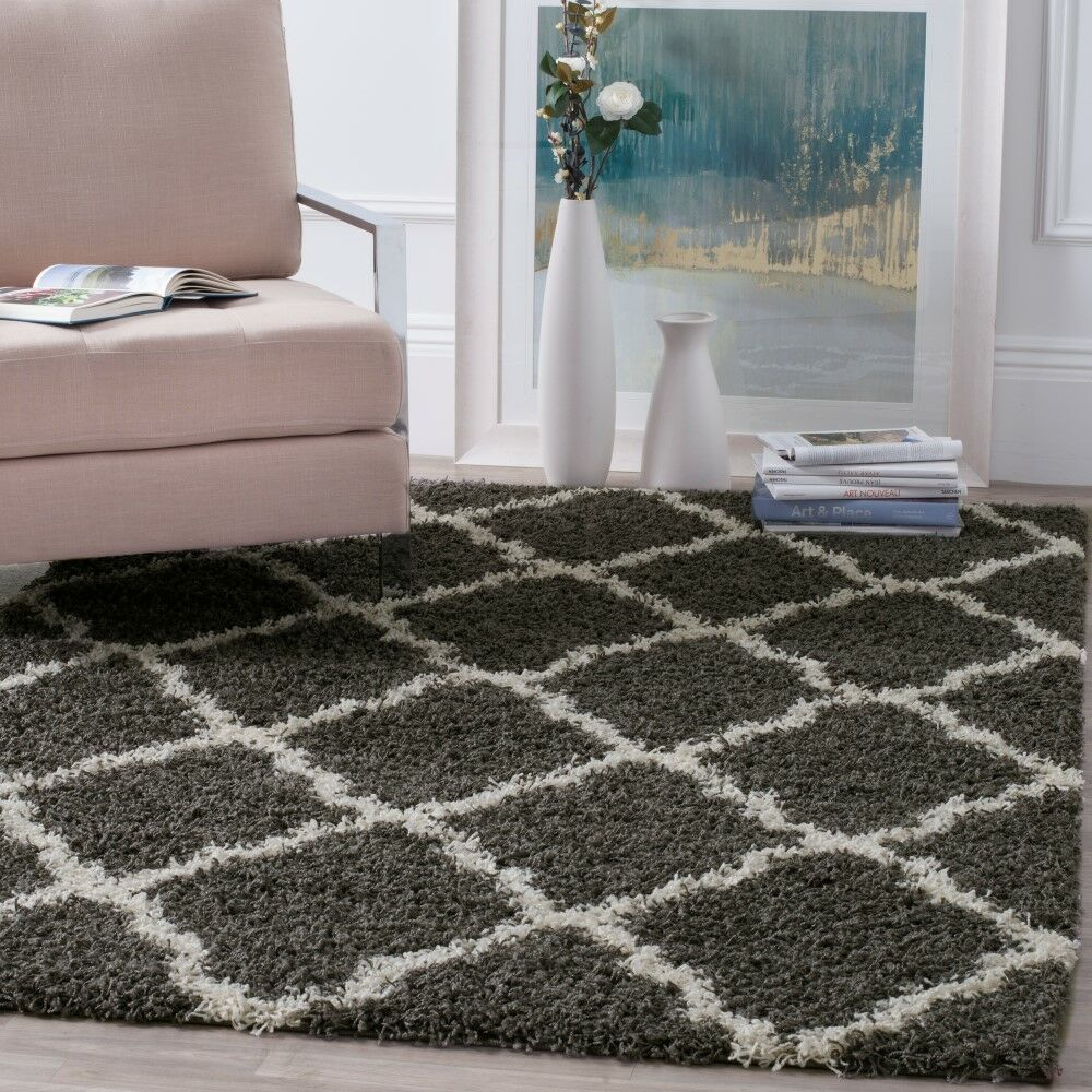 Charmain Dark Gray/Ivory Area Rug Rug Size: Rectangle 4' x 6'