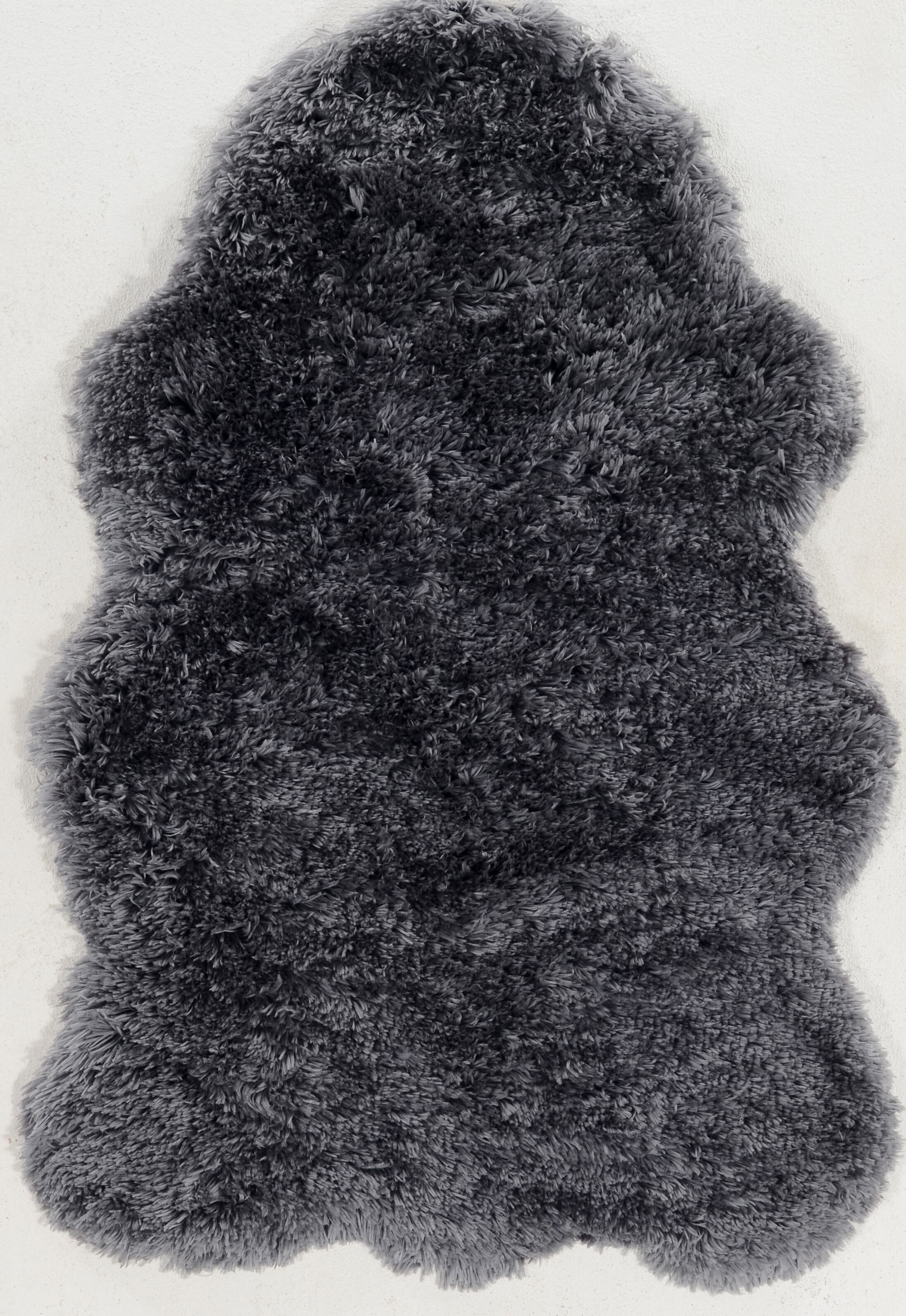 Peridot Hand-Tufted Faux Sheepskin Gray Area Rug