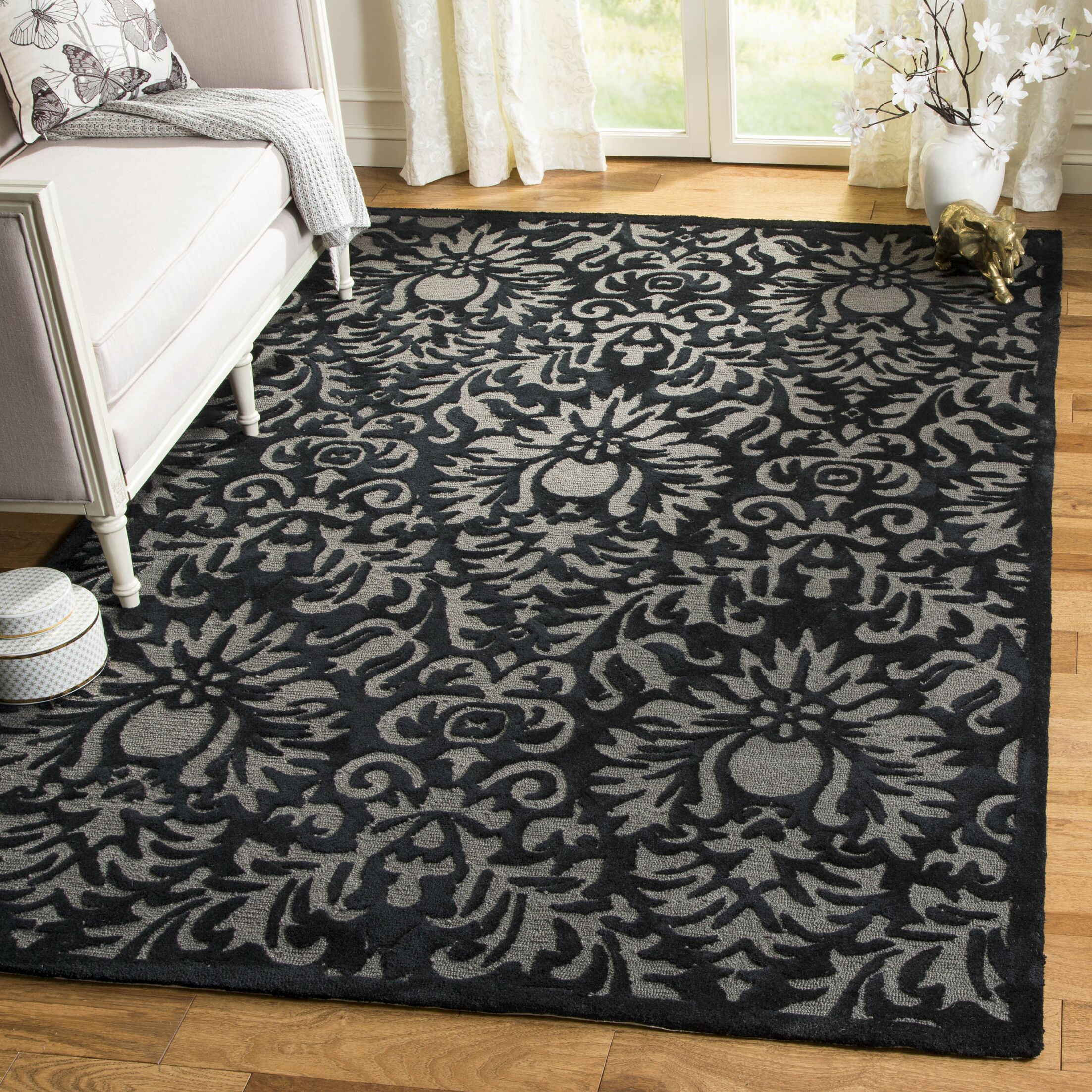 Kuhlman Hand-Hooked Black Area Rug Rug Size: Rectangle 4' x 6'