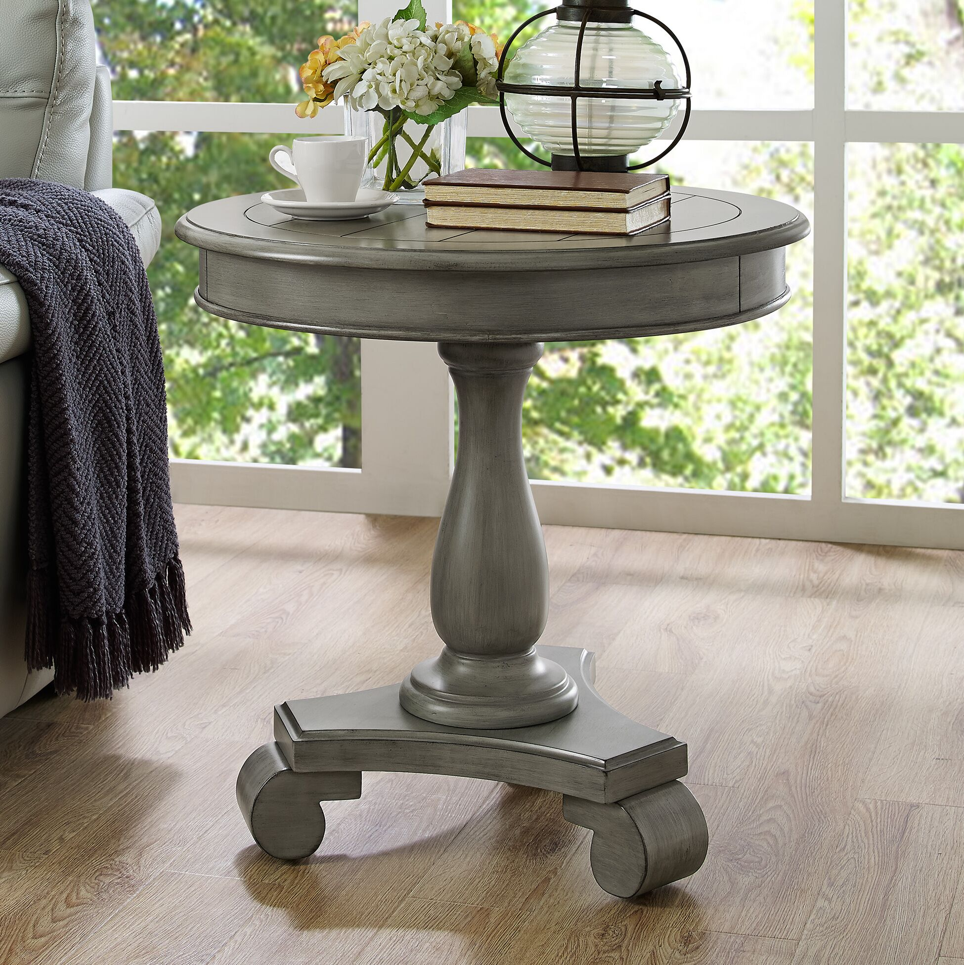 Annable End Table Color: Gray