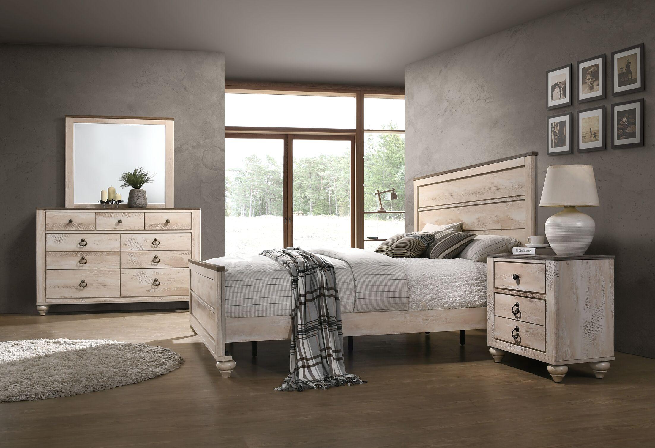 Manzano Panel Bedroom Set Size: Queen