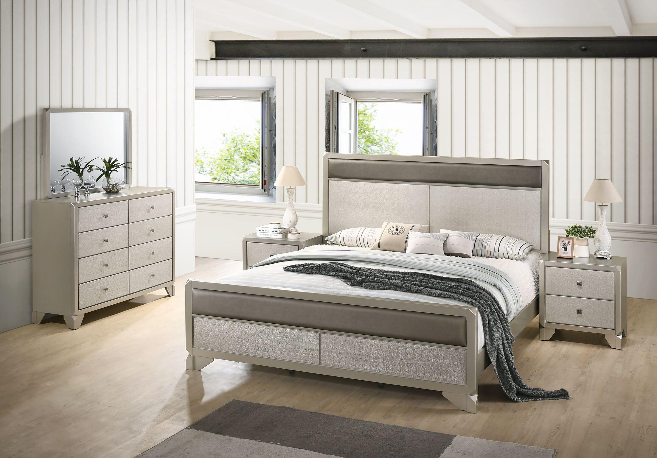 Yates Panel 4 Piece Bedroom Set Size: Queen