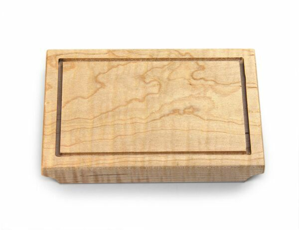 Mini Bar Block with Groove Color: Curly Maple