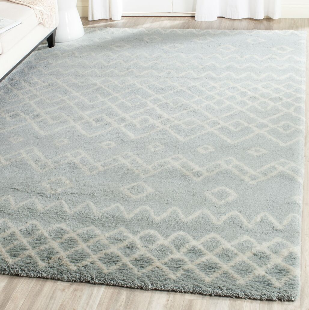 Cosima Hand-Knotted Blue/Ivory Area Rug Rug Size: Rectangle 6' x 9'