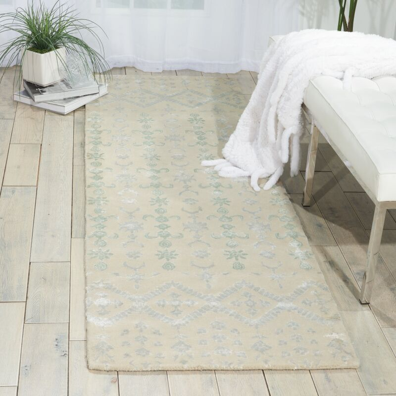 Mateo Ivory Area Rug Rug Size: Runner 2'3