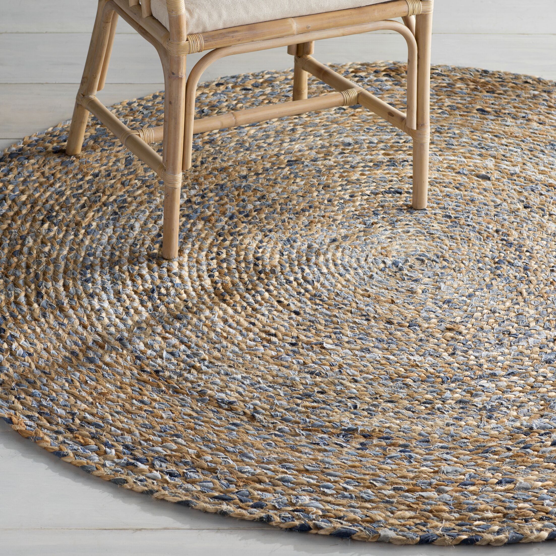 Destrie Hand-Braided Denim Blue Area Rug Rug Size: Round 6'