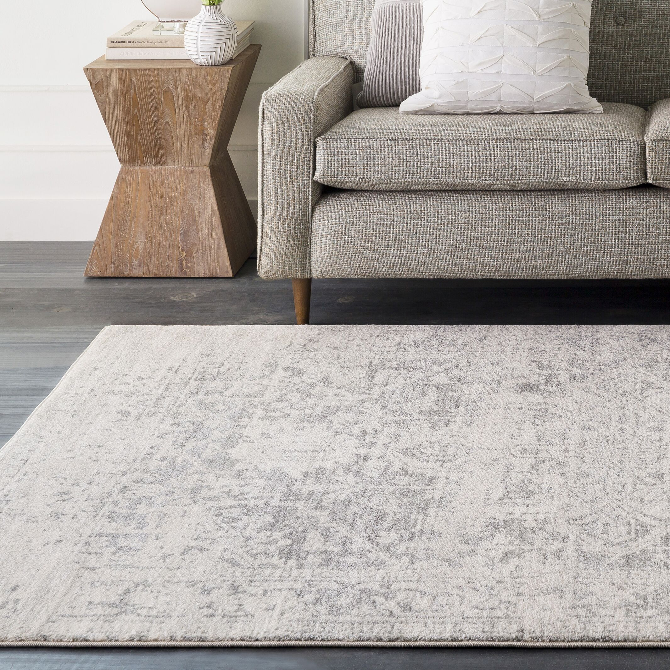 Hillsby Gray/Beige Area Rug Rug Size: Rectangle 10' x 14'