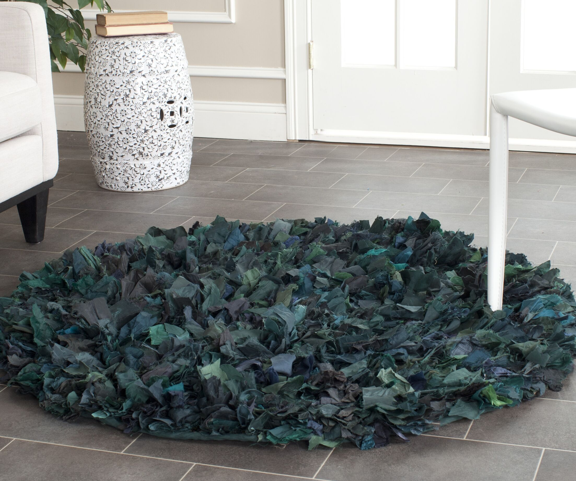 Messiah Green Shag Area Rug Rug Size: Round 6'
