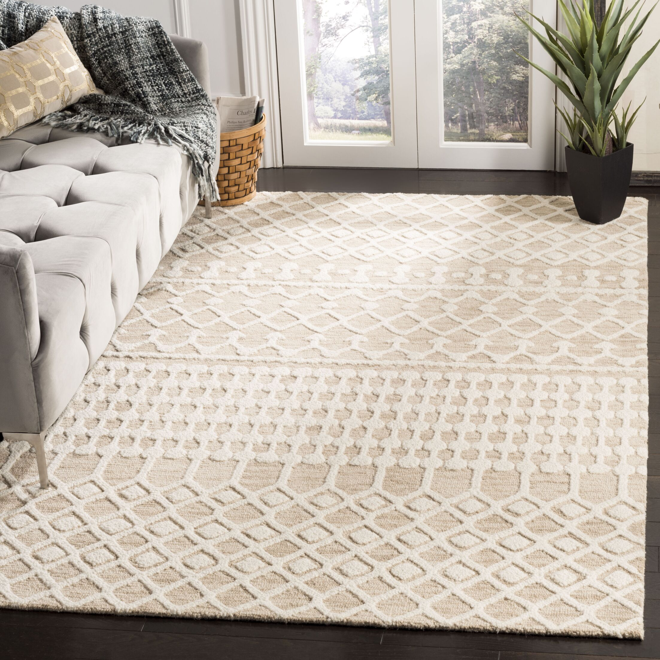 Jeannine Hand-Woven Wool Beige/Ivory Area Rug Rug Size: Rectangular 5' x 8'