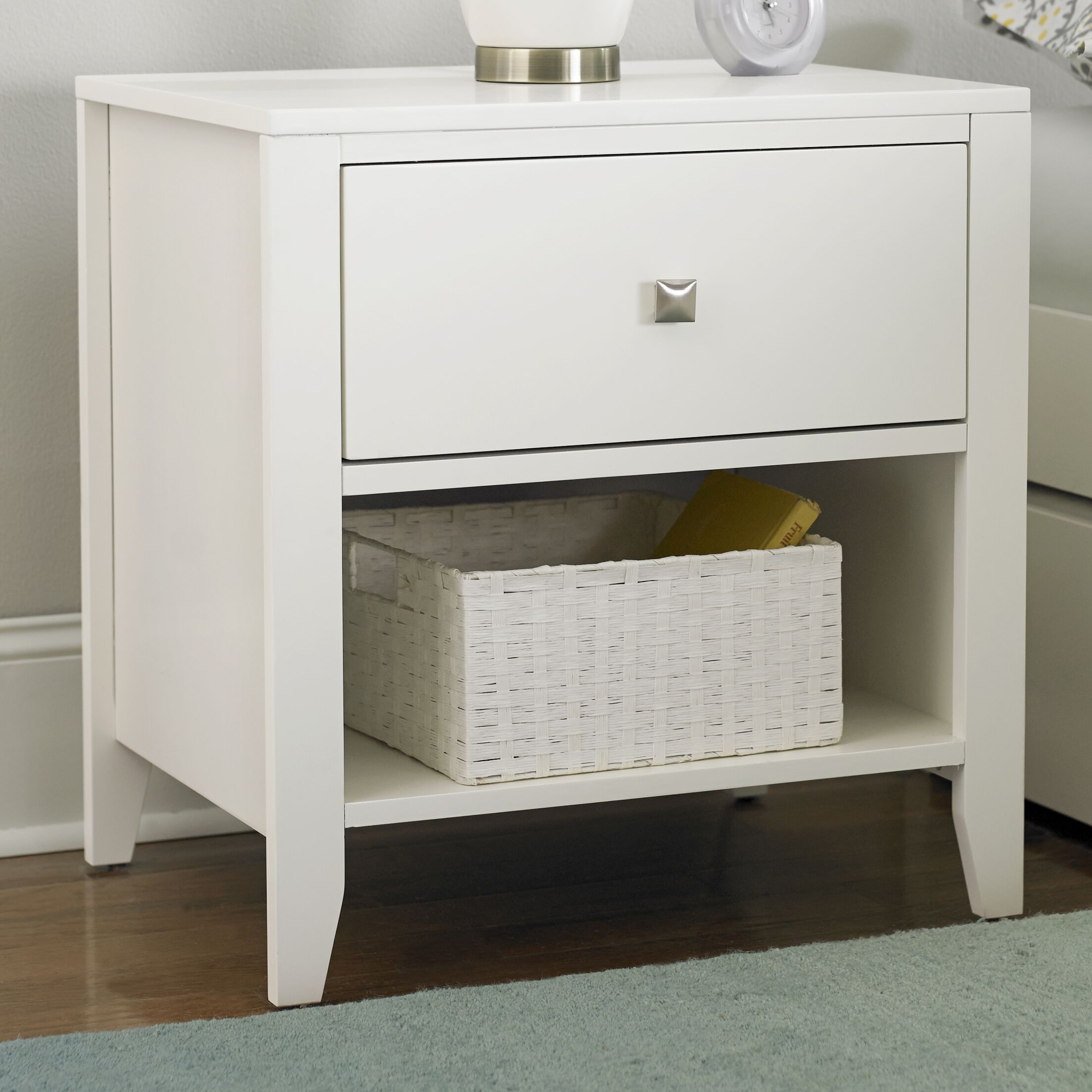 Granville 1 Drawer Nightstand Color: White