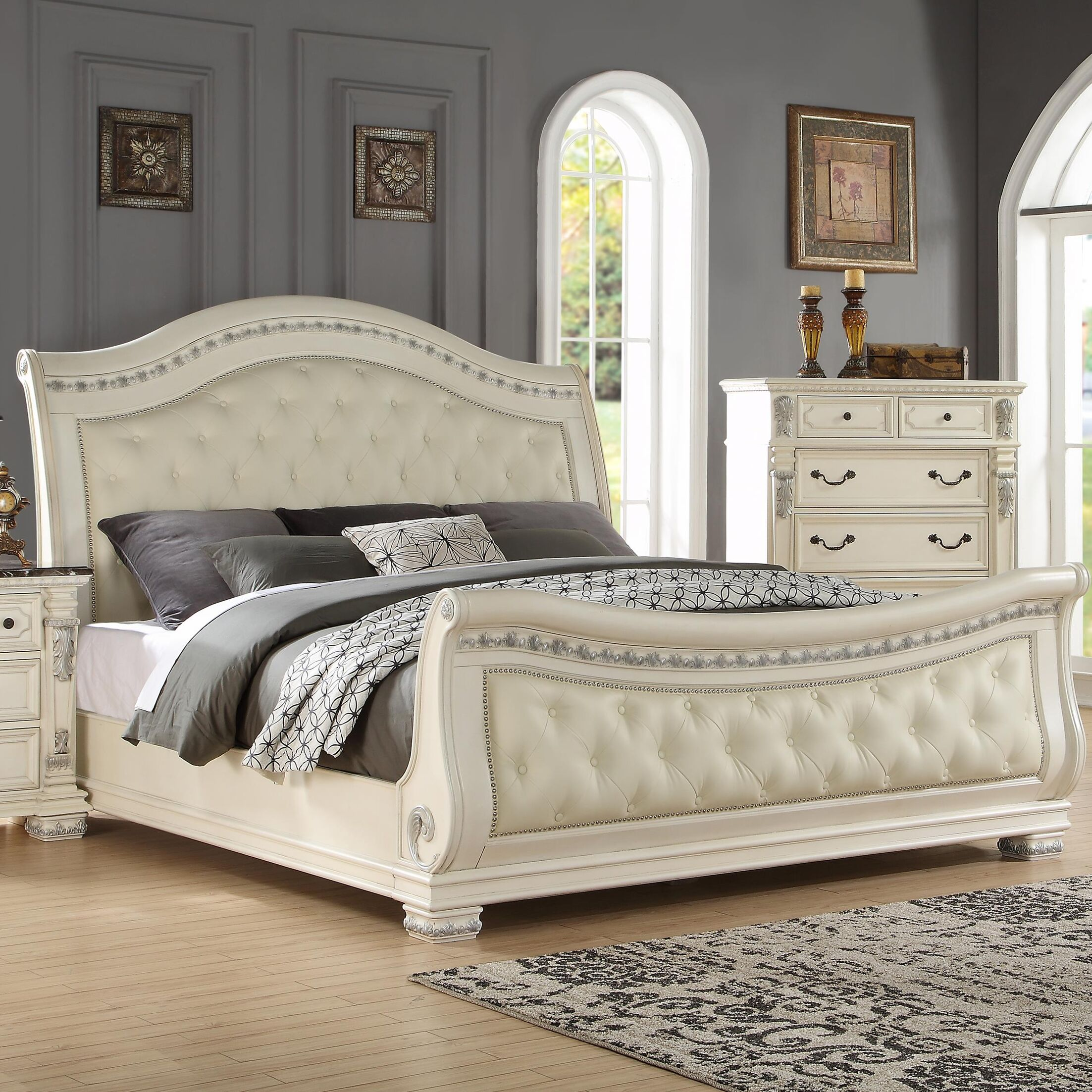 Alexandra Upholstered Sleigh Bed Size: California King