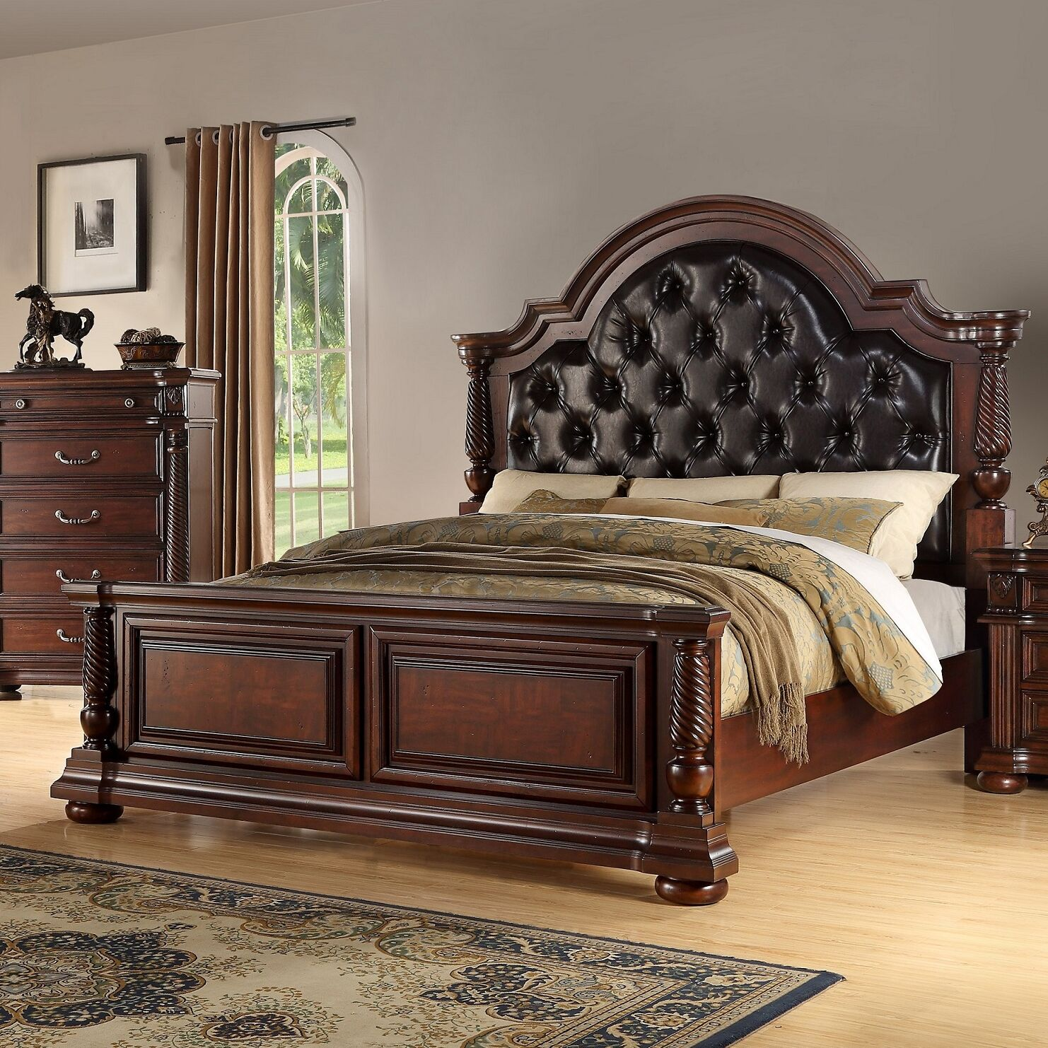 Casa del Mar Panel Bed Size: King